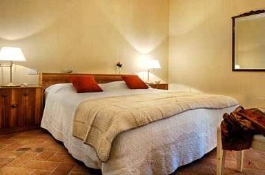 Villa La Valetta, 1 Bed Apt Uva, 1 bedroom villa in Chianti & Countryside, Tuscany Photo #9