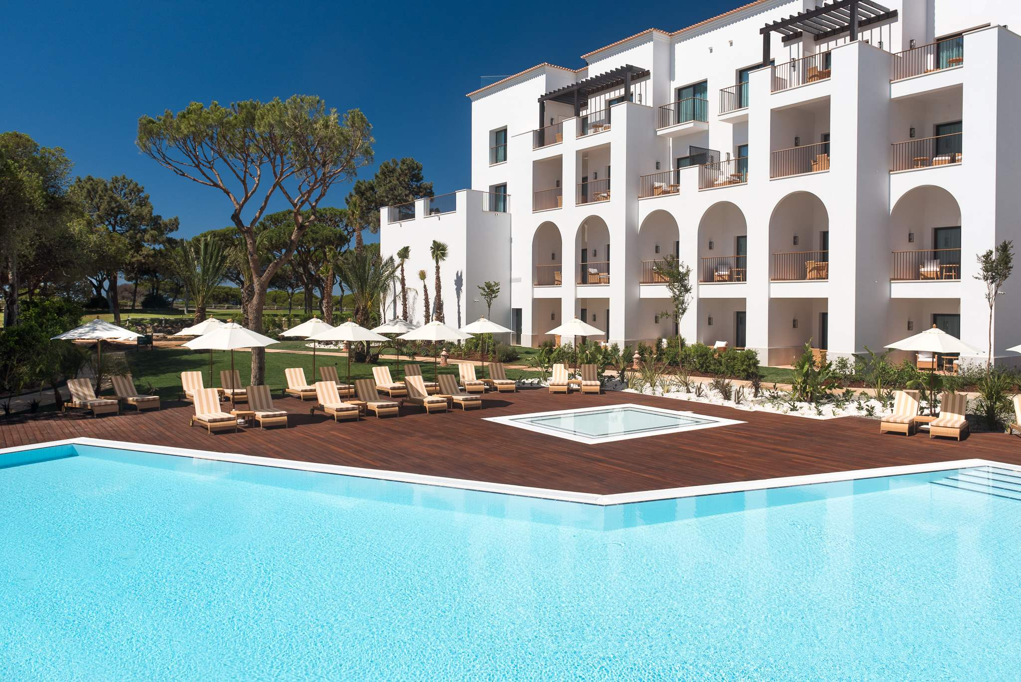 Pine Cliffs Ocean Suites, Two Bedroom Apt, Garden Access, 2 bedroom apartment in Pine Cliffs Resort, Algarve Photo #1