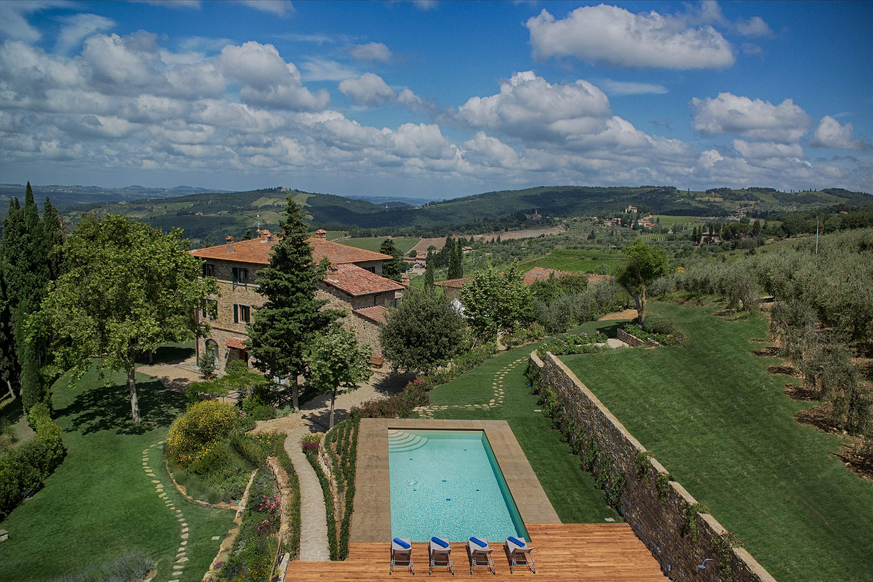 Villa La Valetta, Apt Rosa + 2 Bedrooms, 3 bedroom villa in Chianti & Countryside, Tuscany Photo #17