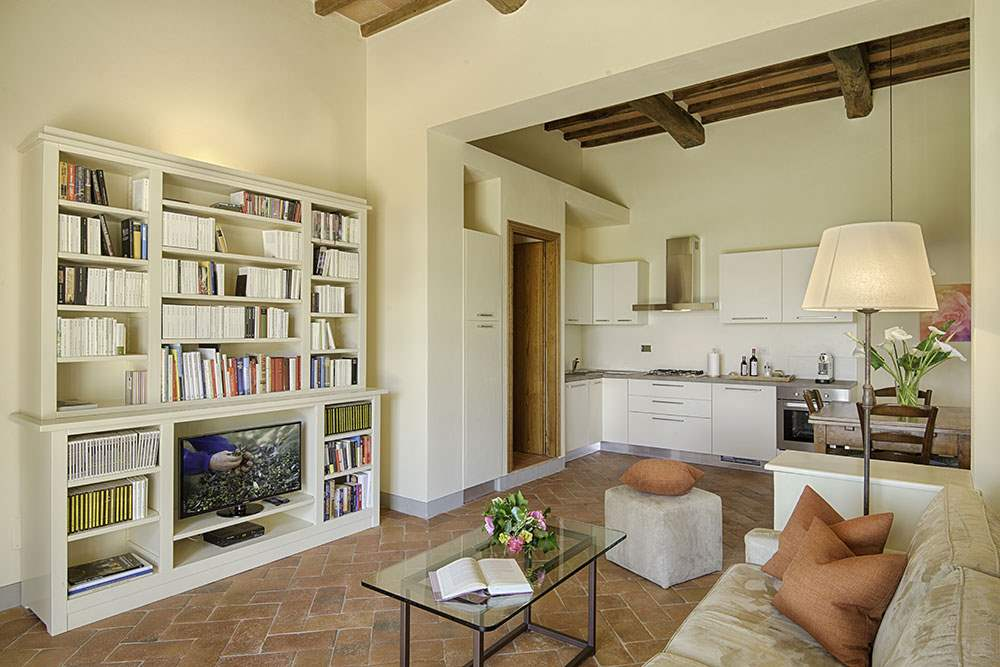 Villa La Valetta, Apt Rosa + 2 Bedrooms, 3 bedroom villa in Chianti & Countryside, Tuscany Photo #3