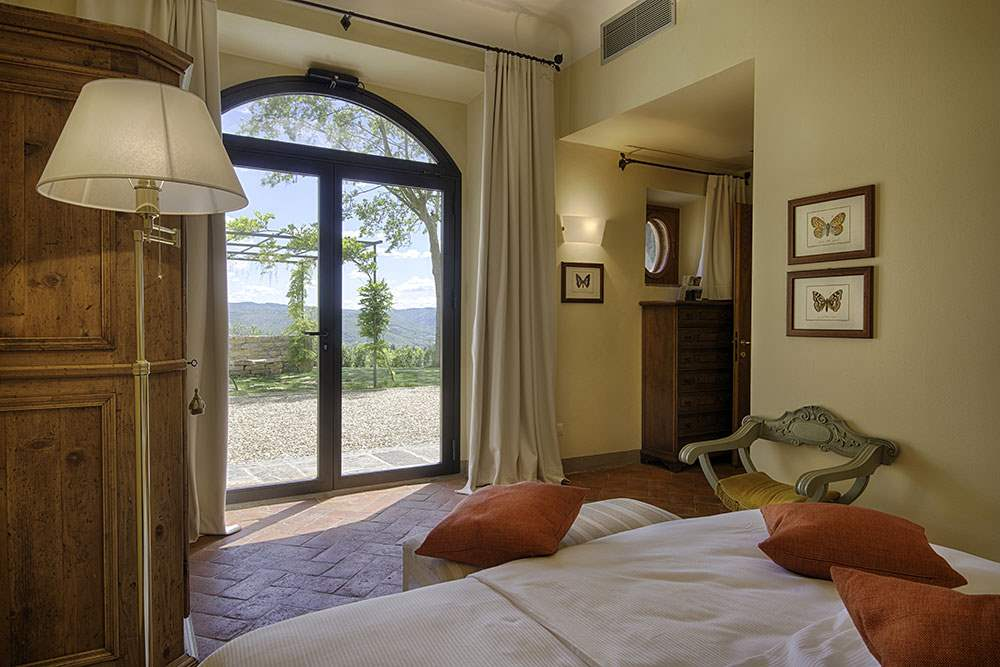 Villa La Valetta, Apt Rosa + 2 Bedrooms, 3 bedroom villa in Chianti & Countryside, Tuscany Photo #5