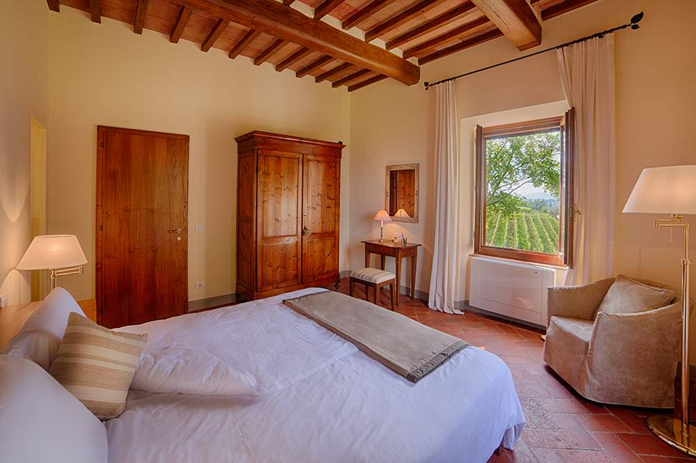 Villa La Valetta, Apt Rosa + 2 Bedrooms, 3 bedroom villa in Chianti & Countryside, Tuscany Photo #8