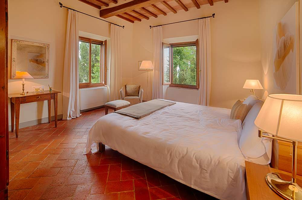 Villa La Valetta, Apt Rosa + 2 Bedrooms, 3 bedroom villa in Chianti & Countryside, Tuscany Photo #9