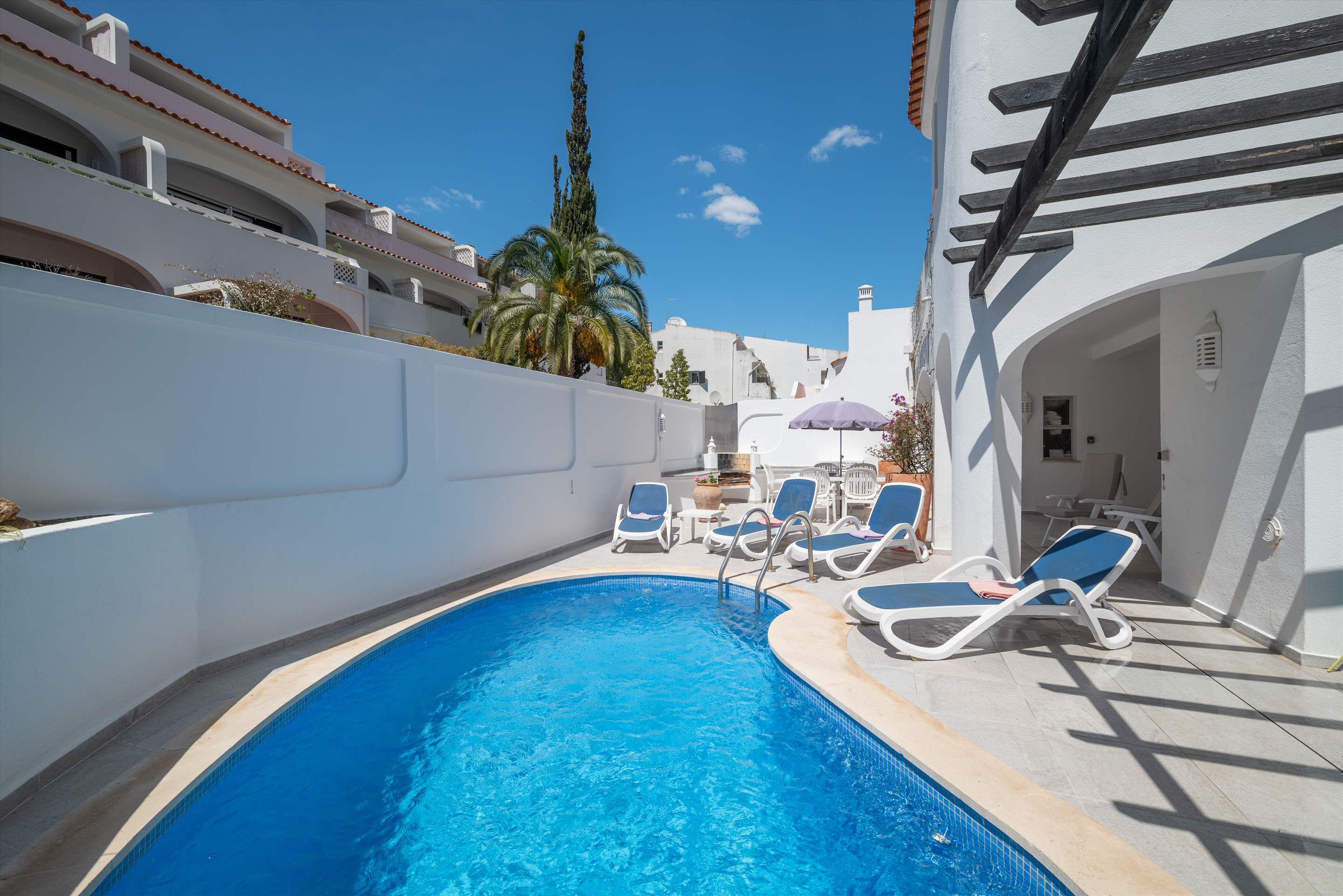Casa Bella, 3 bedroom apartment in Vale do Lobo, Algarve