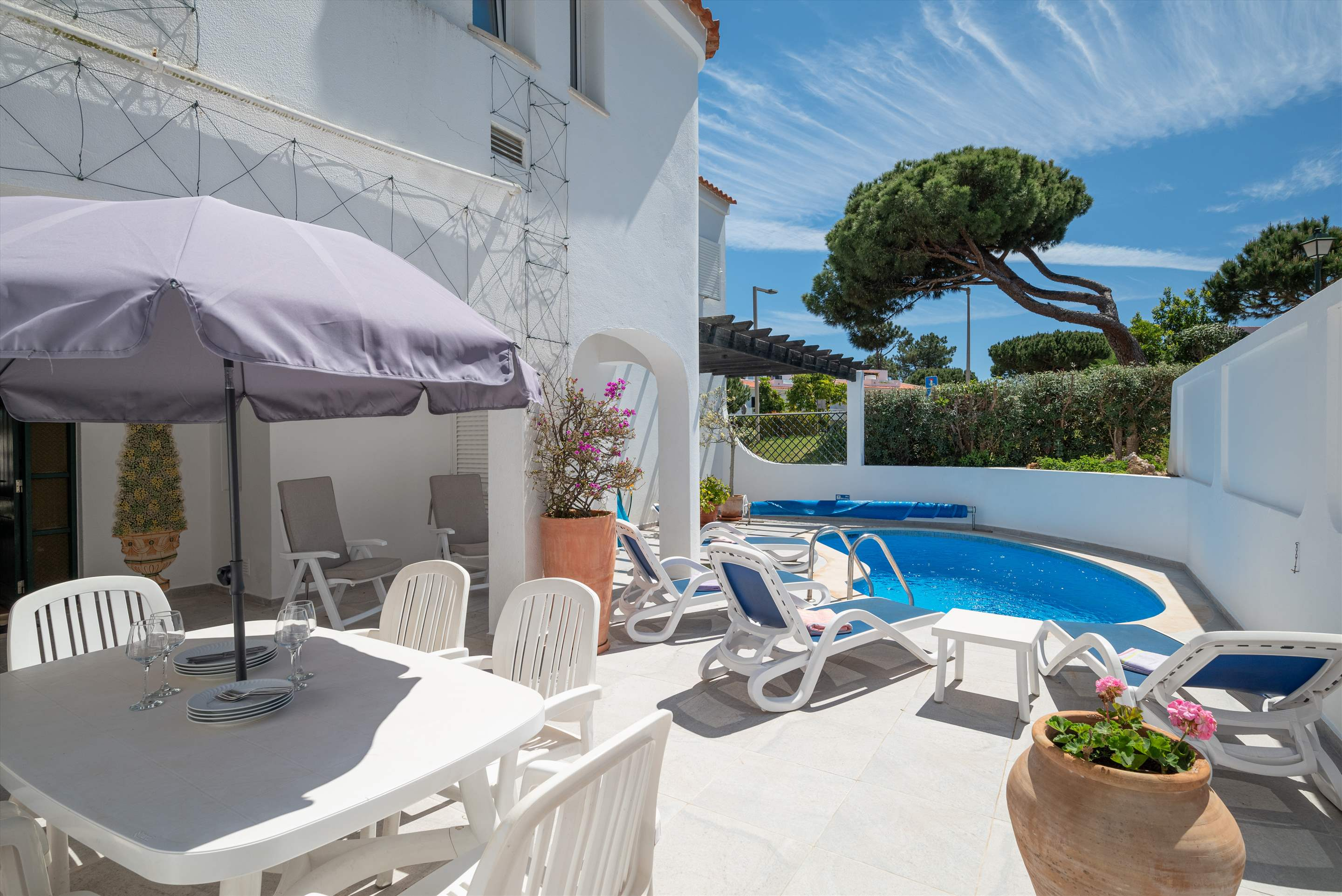 Casa Bella, 3 bedroom apartment in Vale do Lobo, Algarve Photo #2