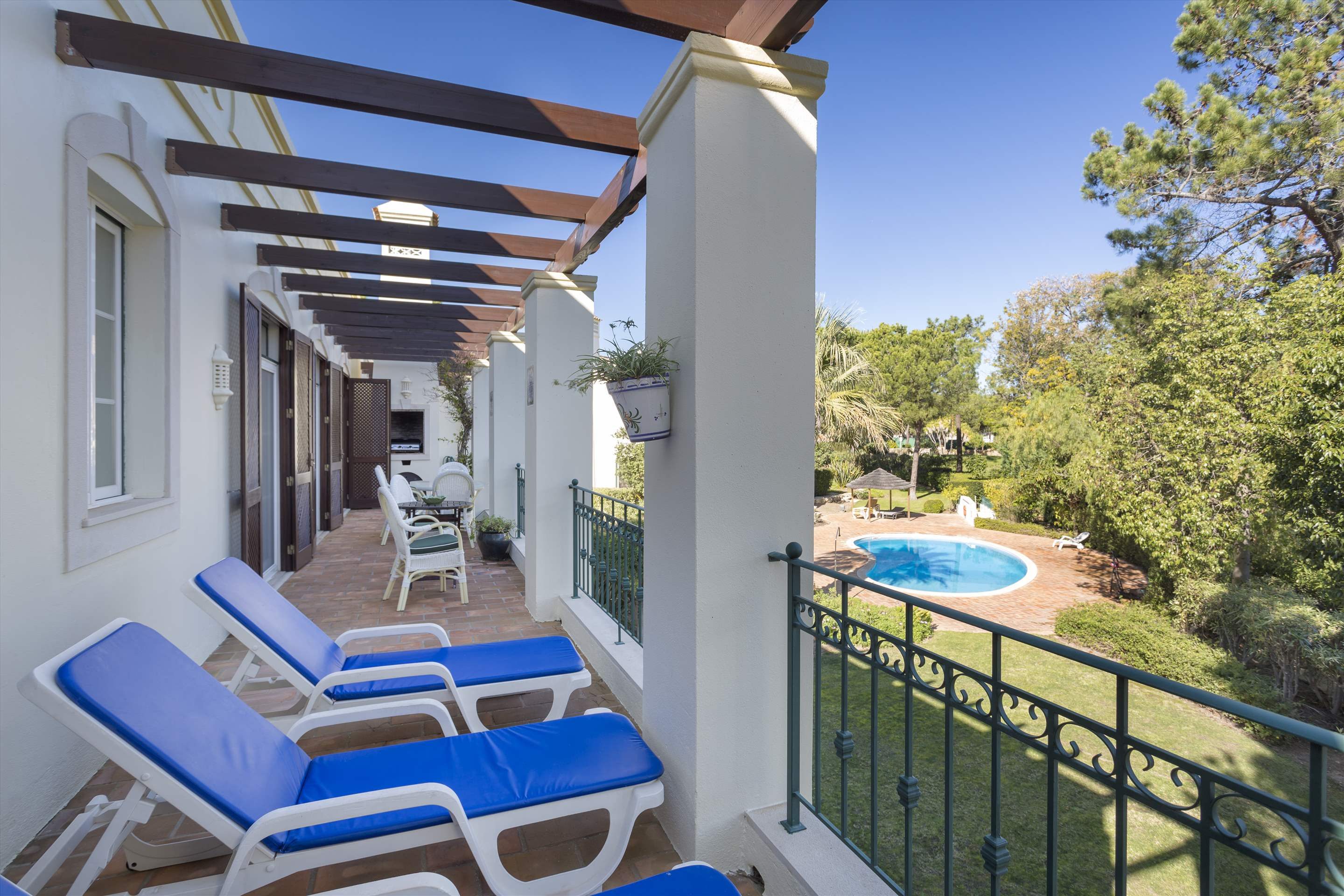 Apartment Dolores, 2 bedroom apartment in Quinta do Lago, Algarve Photo #2