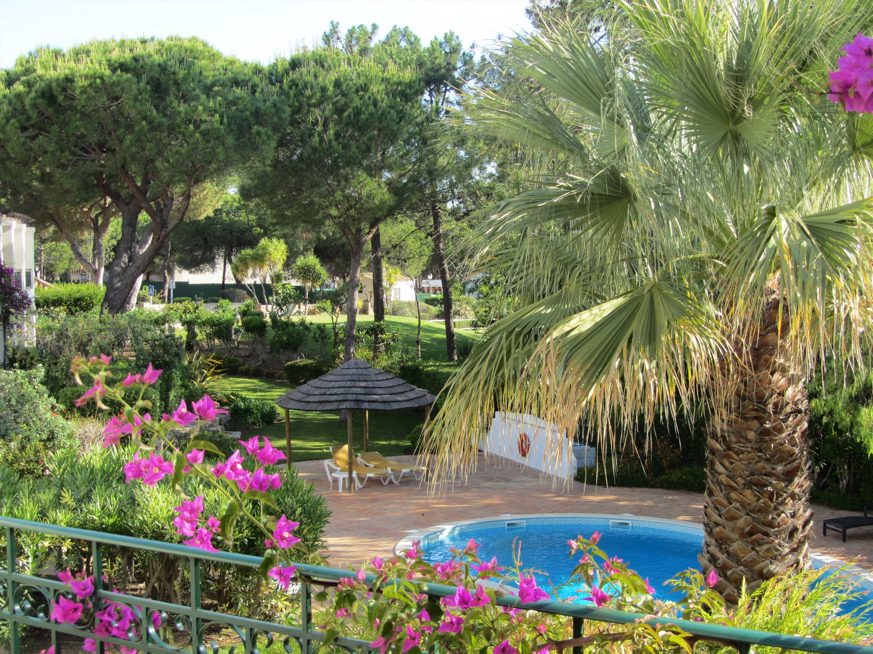 Apartment Dolores, 2 bedroom apartment in Quinta do Lago, Algarve Photo #9