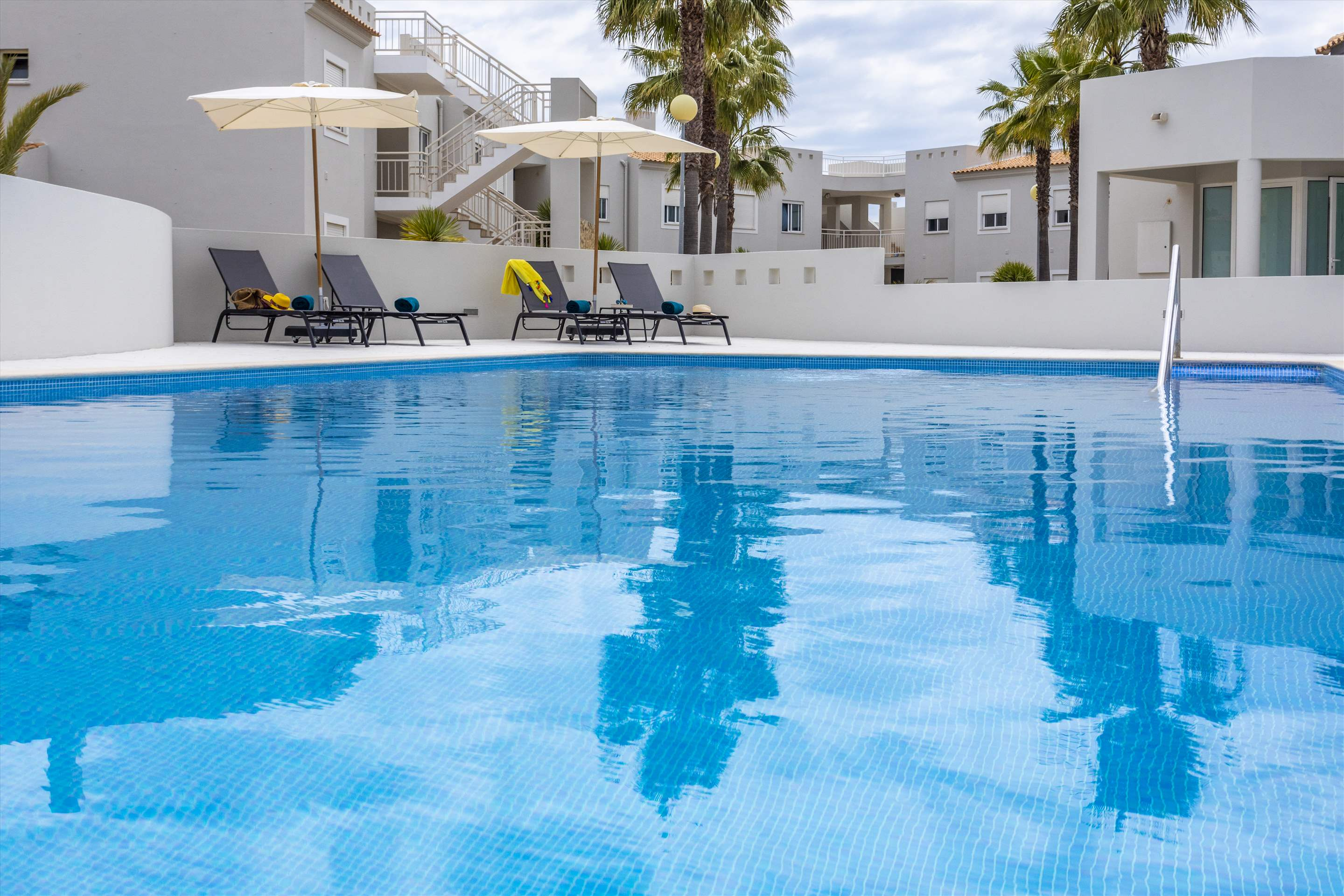 Placid Village, Two Bedroom Apartment , 2 bedroom apartment in Carvoeiro Area, Algarve Photo #9