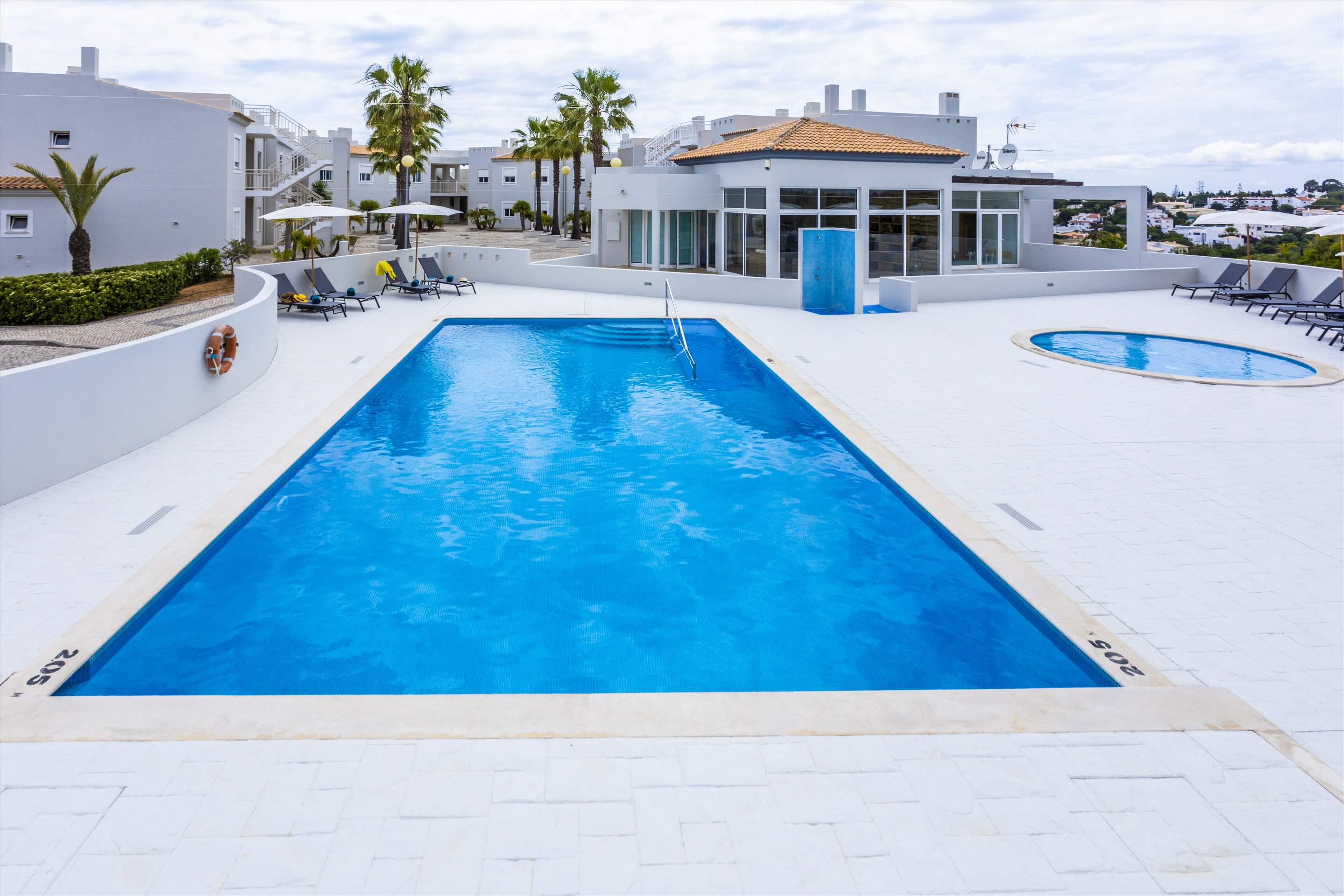 Placid Village, Three Bedroom Apartment, 3 bedroom apartment in Carvoeiro Area, Algarve Photo #8