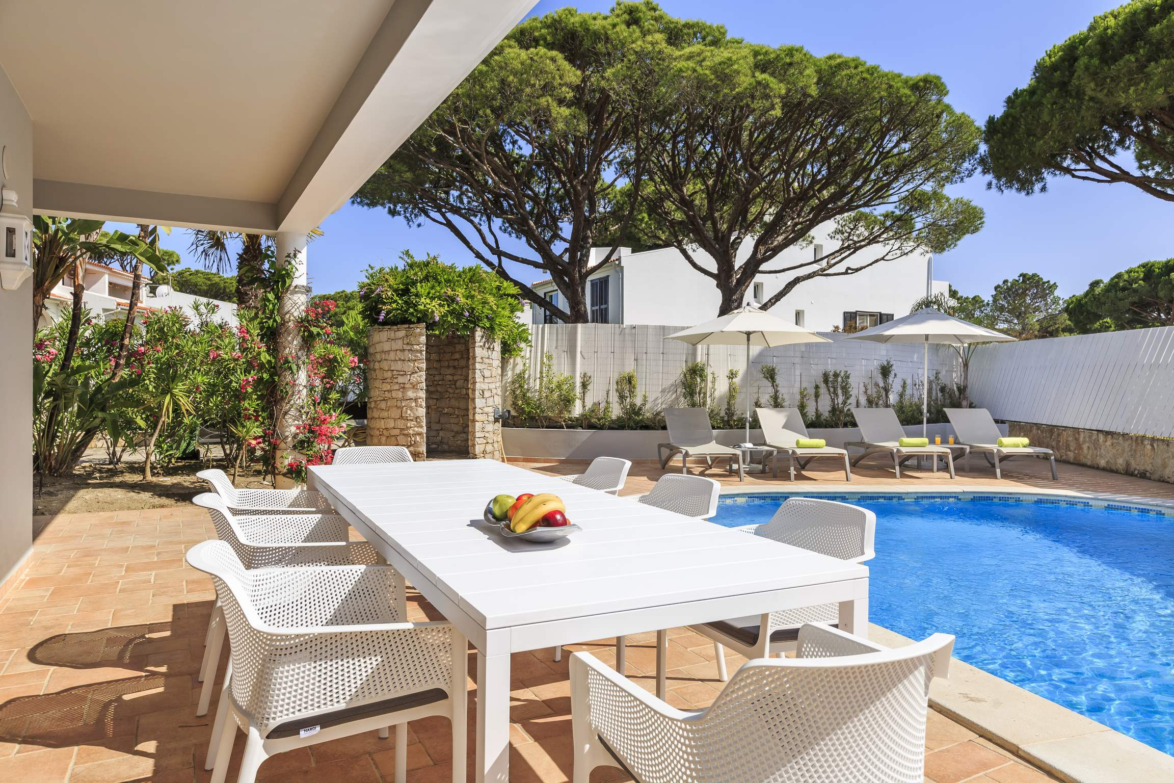 Casa Potes, 5 bedroom villa in Vale do Lobo, Algarve Photo #2