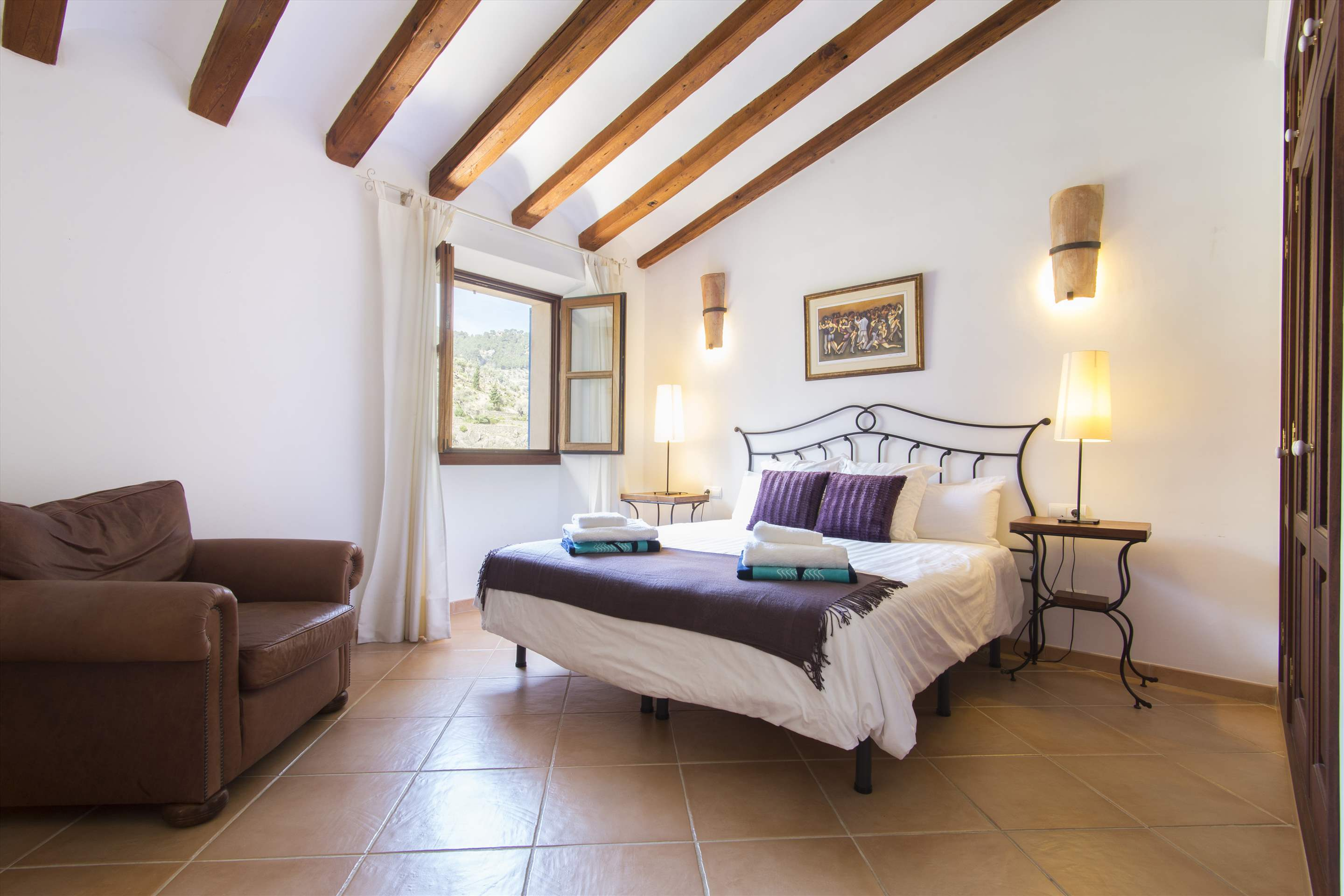 Can Monticel, 3 bedroom villa in Soller & Deia, Majorca Photo #14