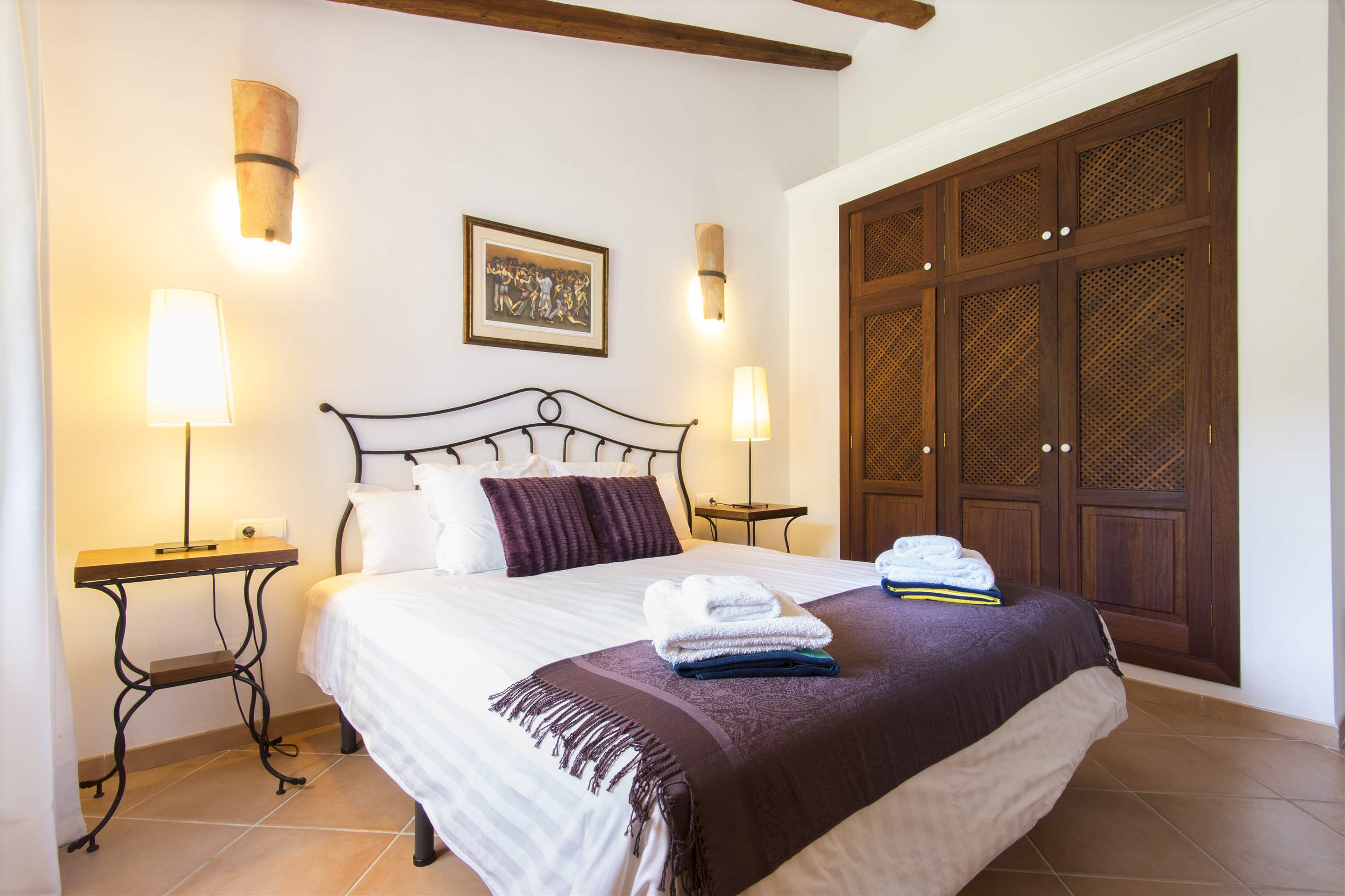 Can Monticel, 3 bedroom villa in Soller & Deia, Majorca Photo #15
