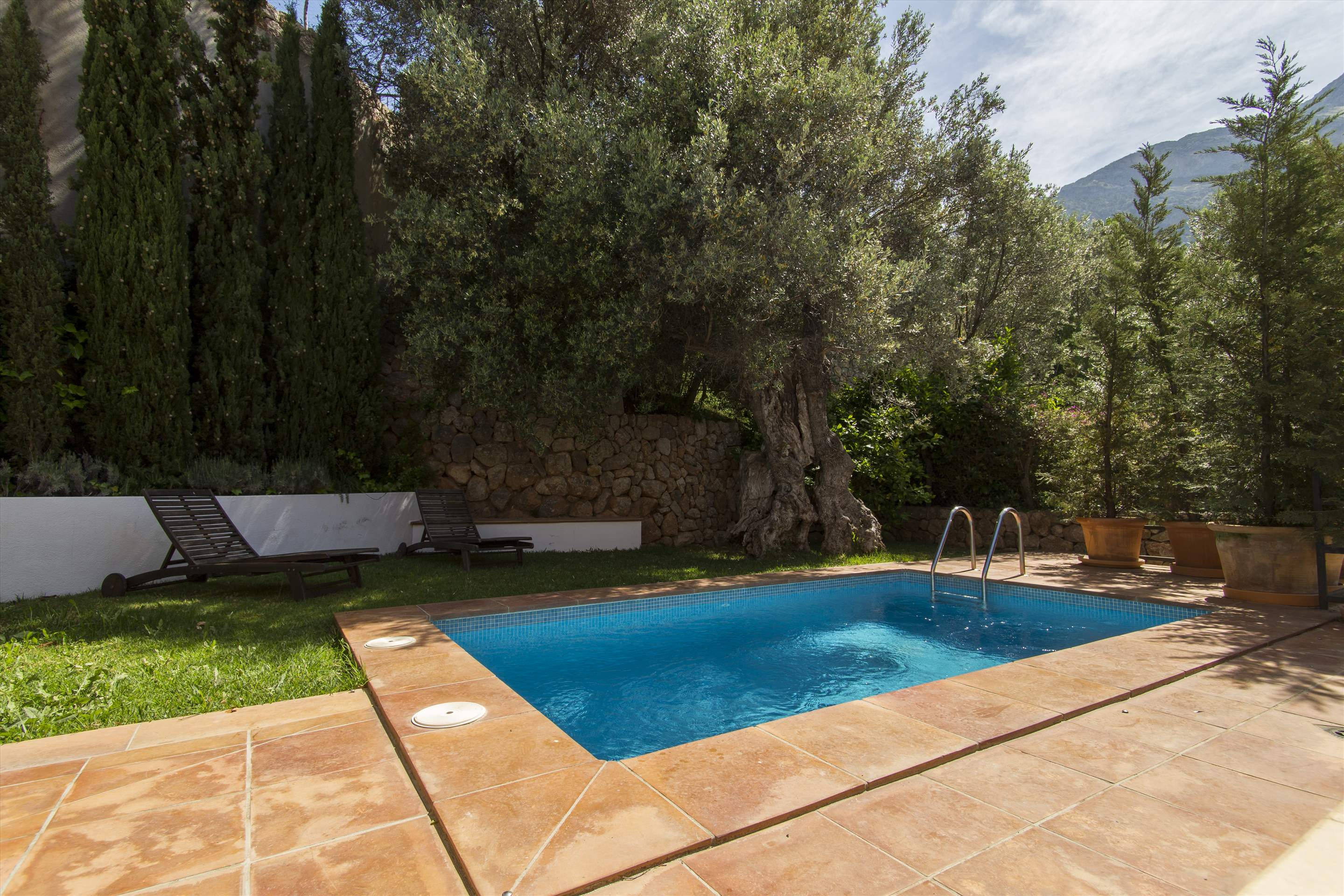 Can Monticel, 3 bedroom villa in Soller & Deia, Majorca Photo #2