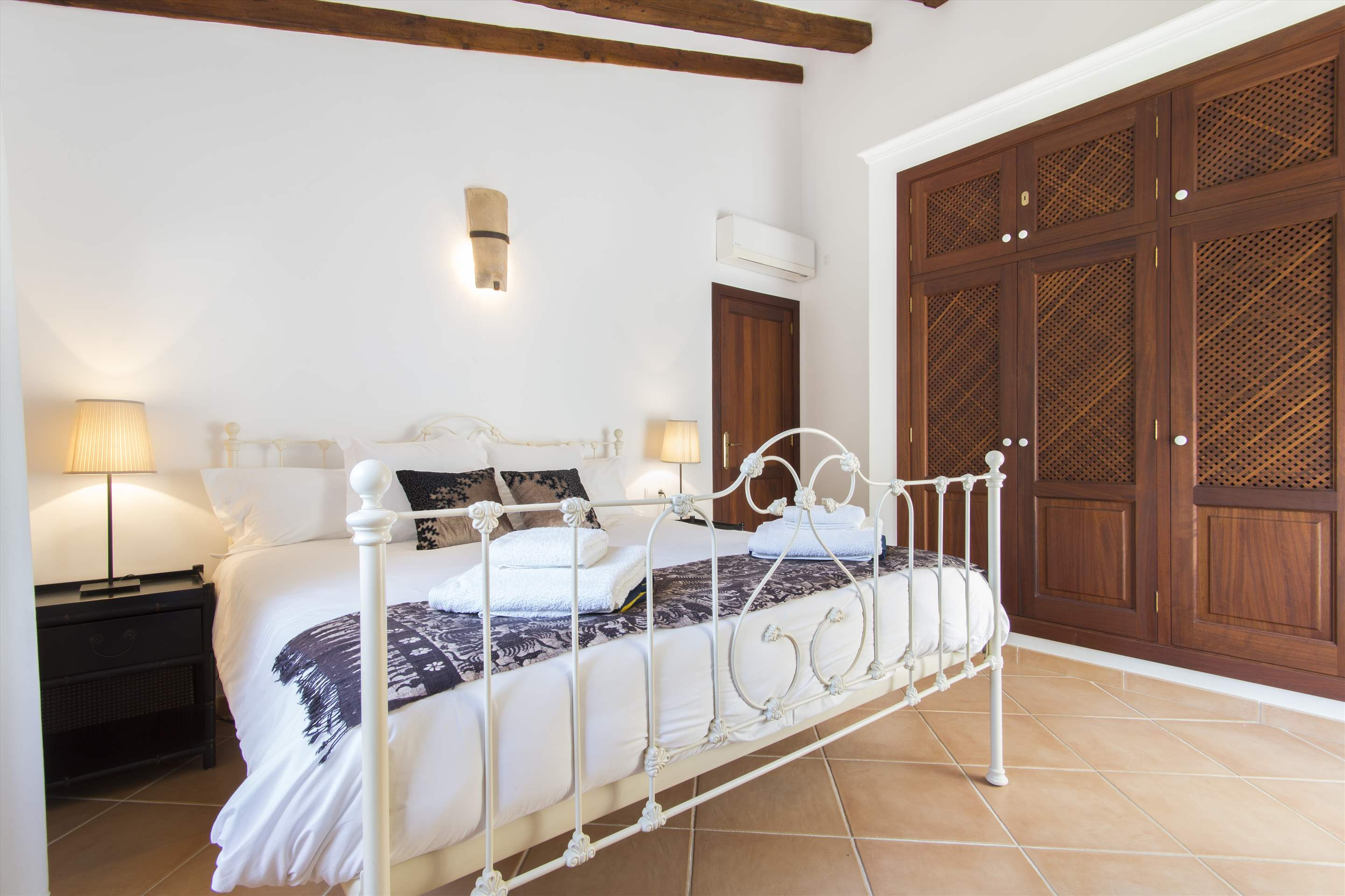 Can Monticel, 3 bedroom villa in Soller & Deia, Majorca Photo #20