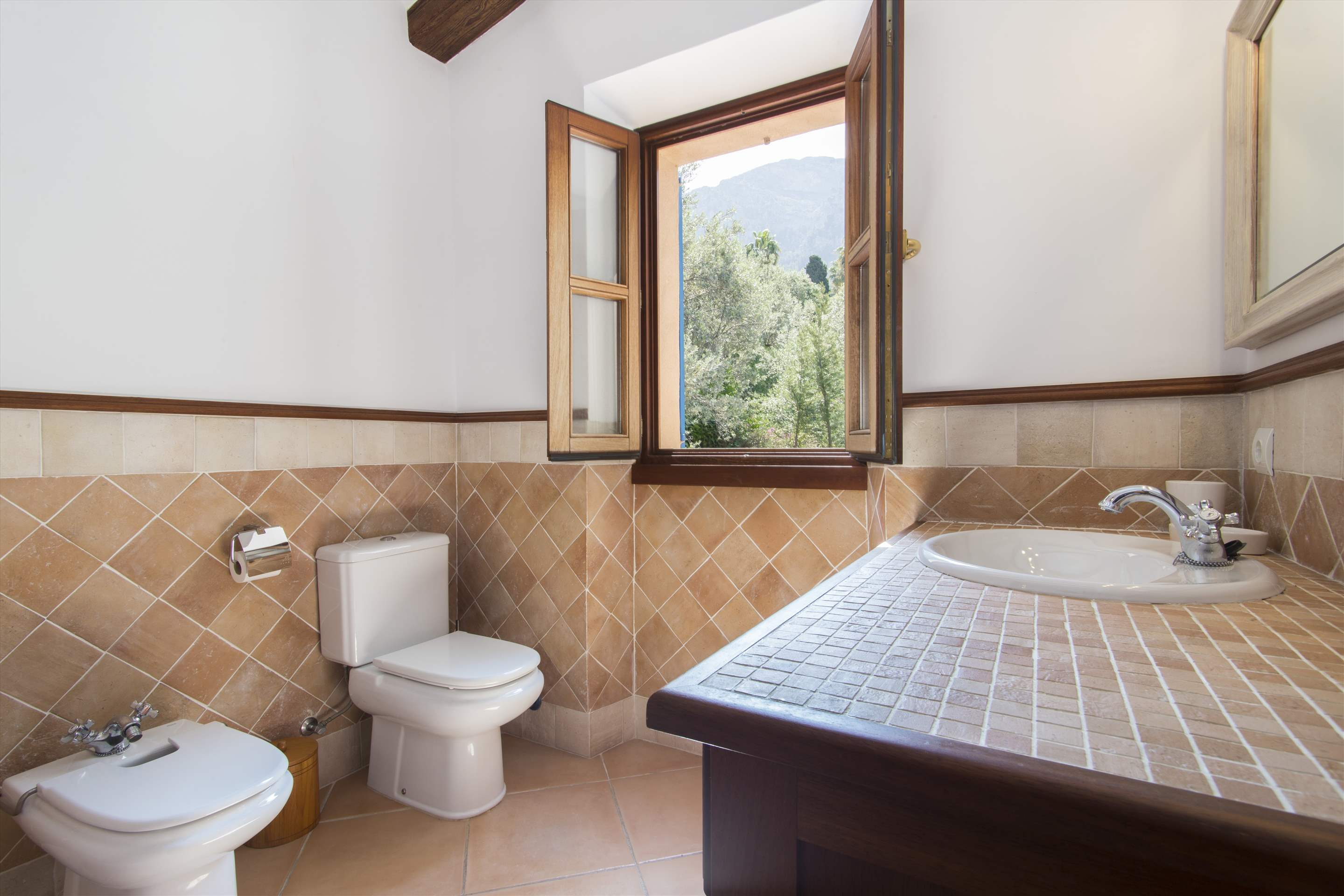 Can Monticel, 3 bedroom villa in Soller & Deia, Majorca Photo #23