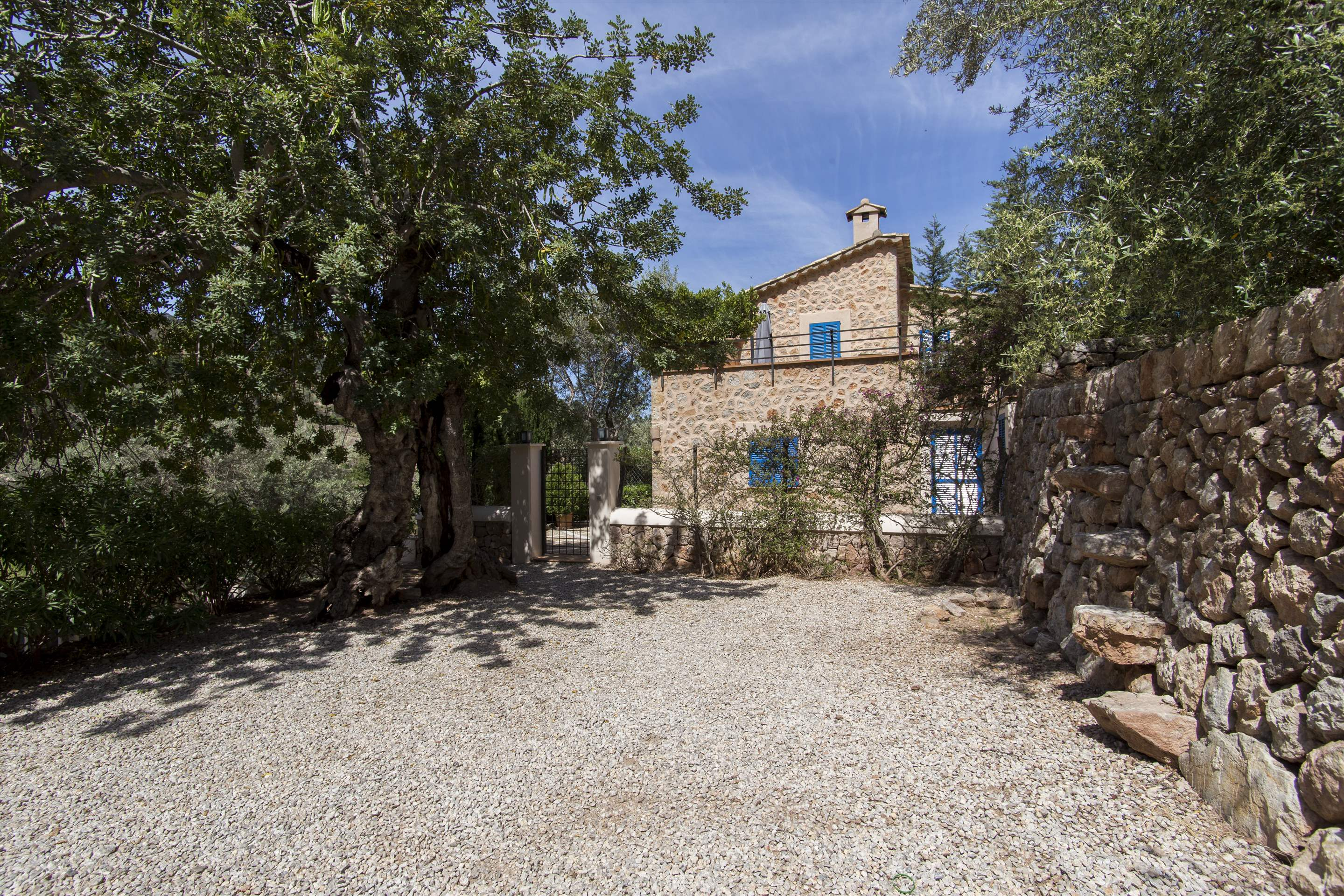Can Monticel, 3 bedroom villa in Soller & Deia, Majorca Photo #24