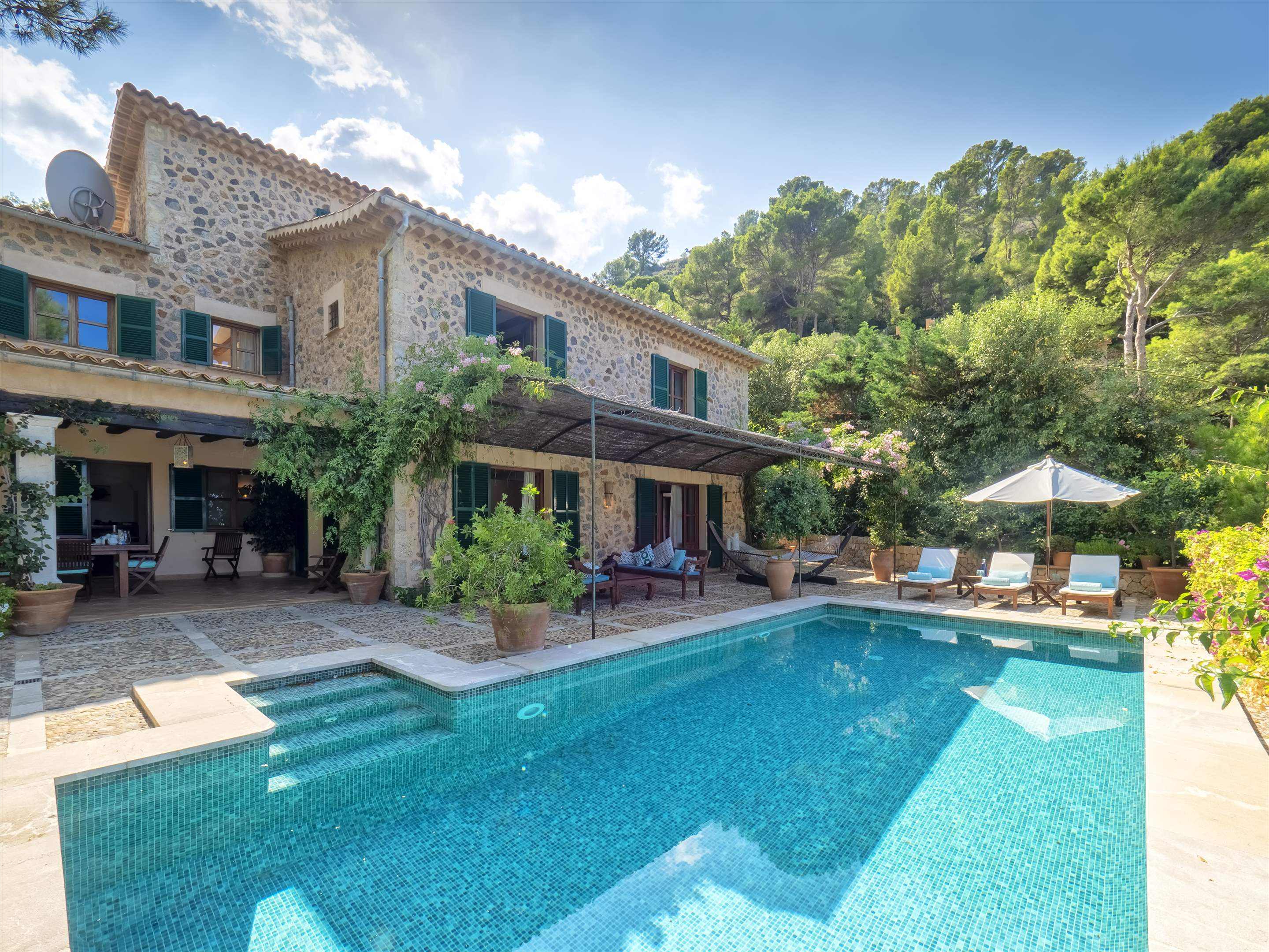Sa Cala, 4 bedroom villa in Soller & Deia, Majorca Photo #1