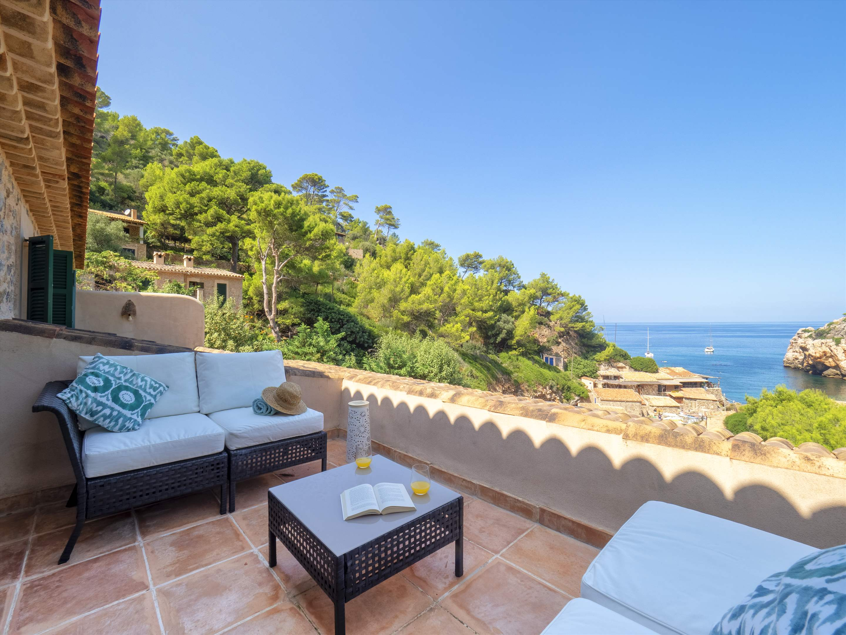 Sa Cala, 4 bedroom villa in Soller & Deia, Majorca Photo #3
