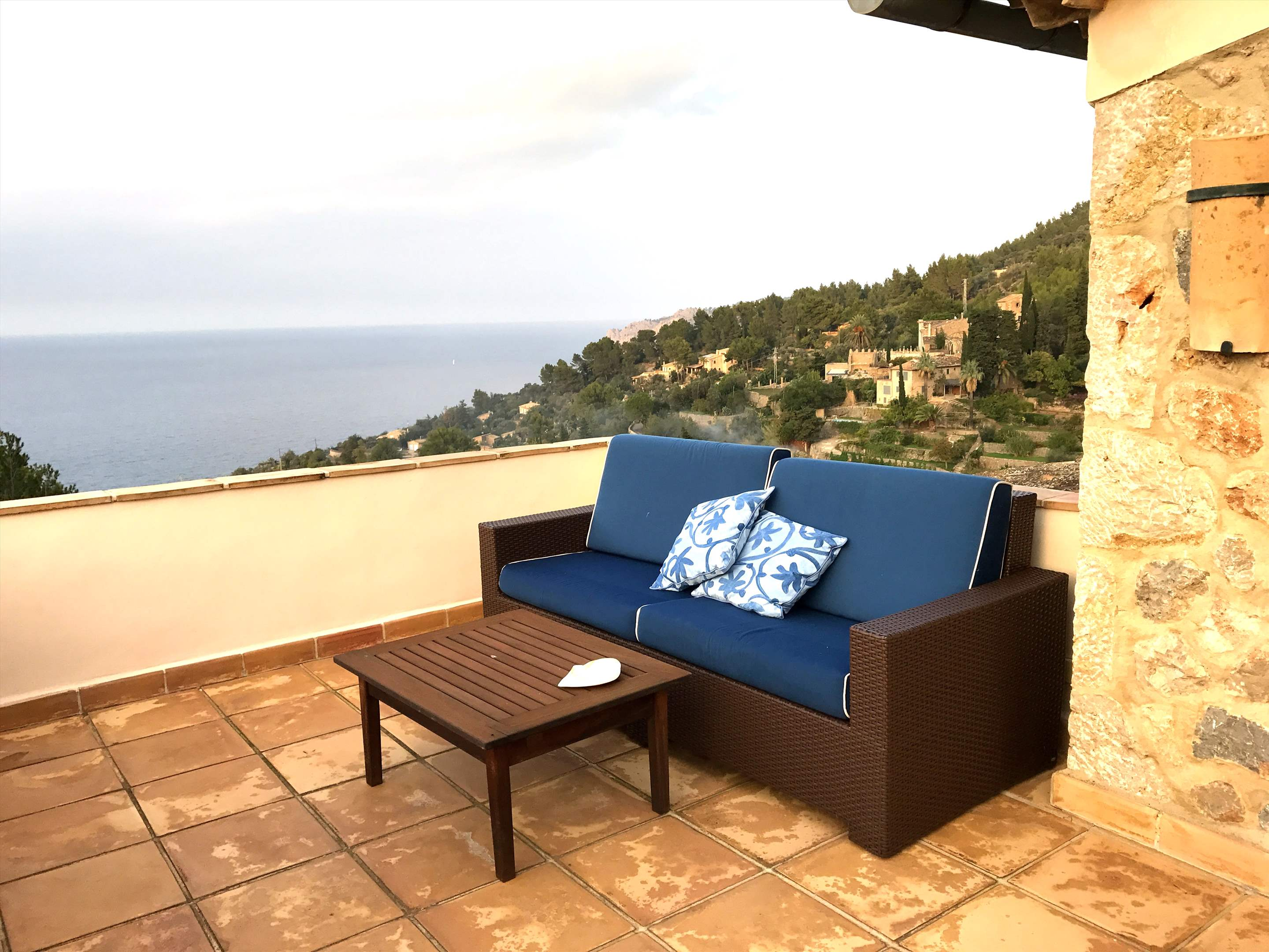 Can Winando, 5 Bedroom Rental, 5 bedroom villa in Soller & Deia, Majorca Photo #18