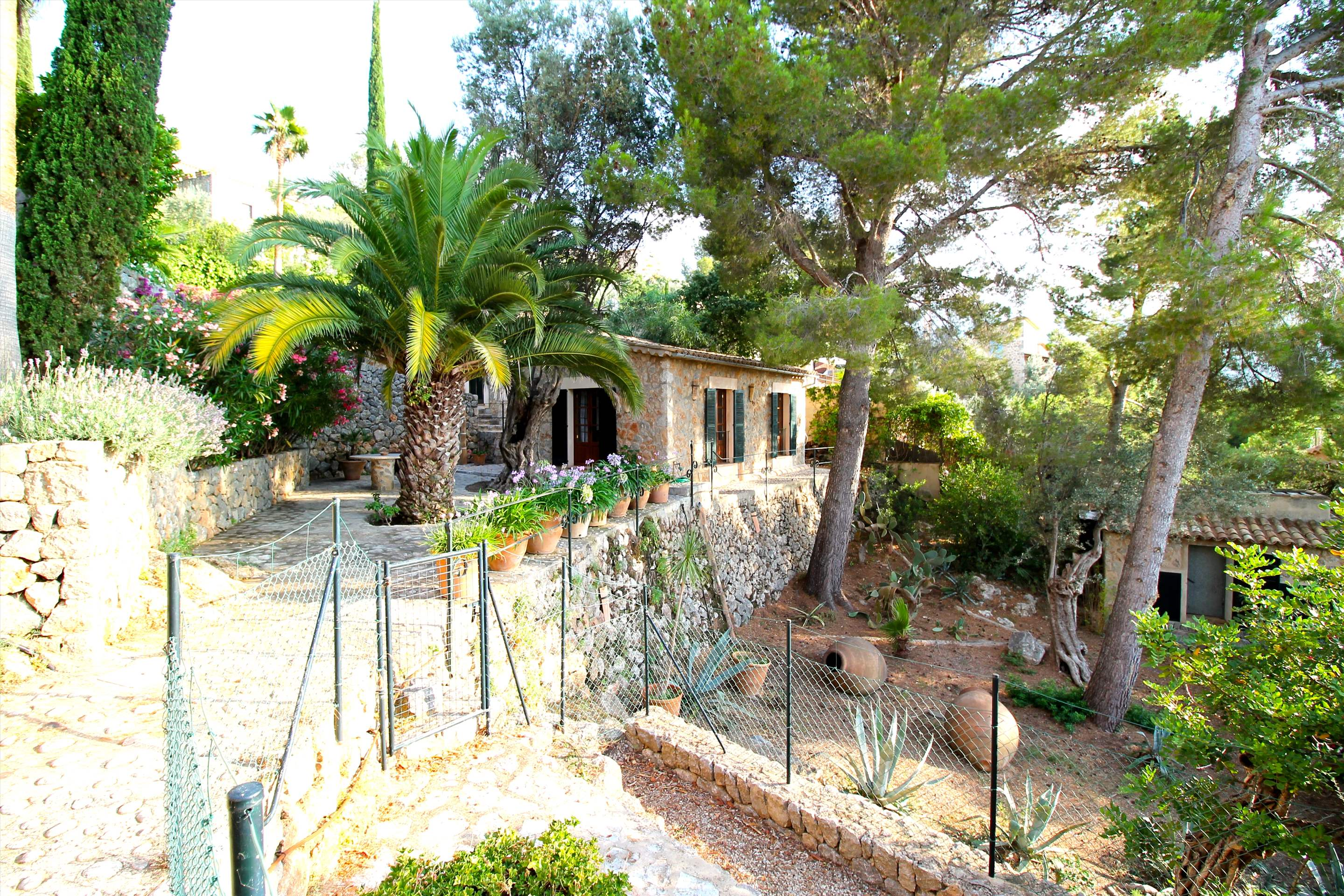 Can Winando, 5 Bedroom Rental, 5 bedroom villa in Soller & Deia, Majorca Photo #22