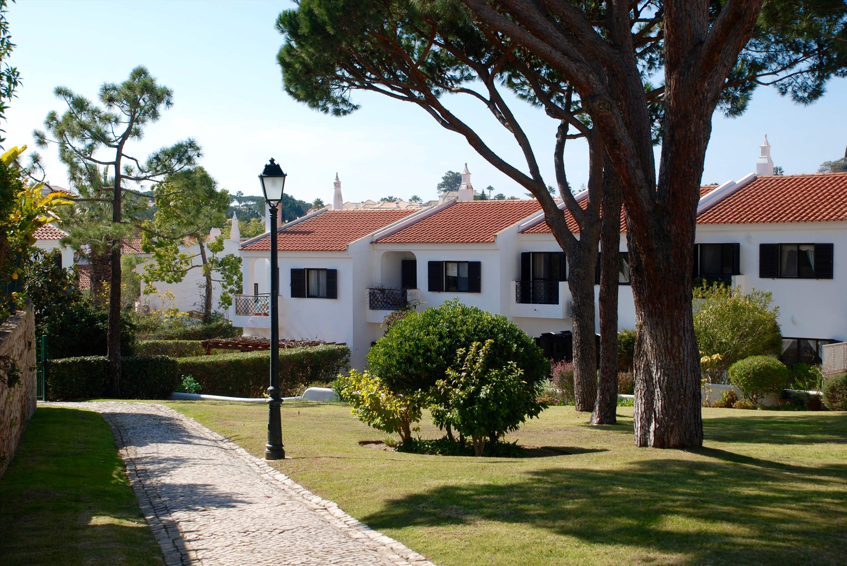 Quinta Amora, 3 bedroom villa in Quinta do Lago, Algarve Photo #2