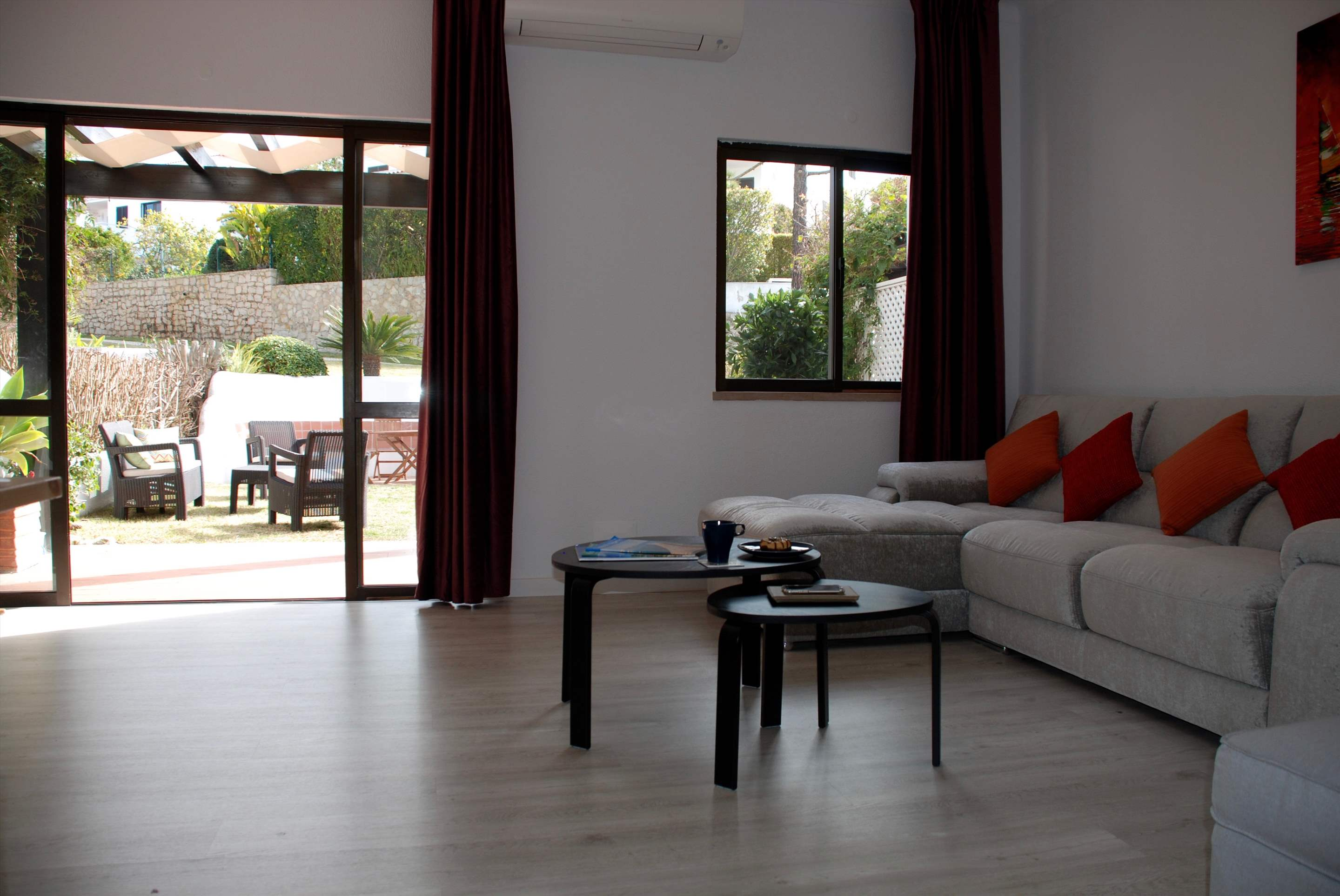 Quinta Amora, 3 bedroom villa in Quinta do Lago, Algarve Photo #5