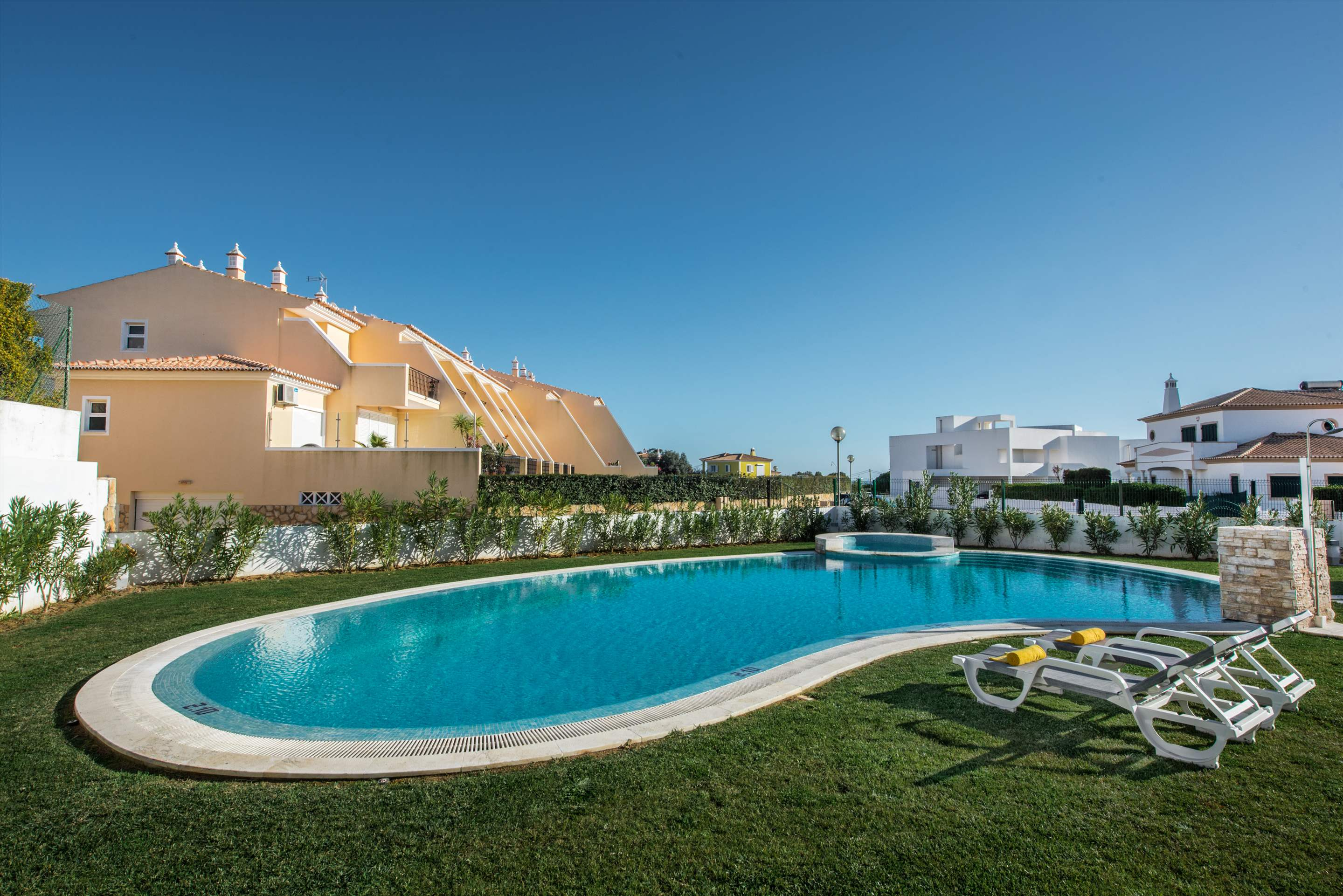 Townhouse Rosal 'D', 2 bedroom villa in Gale, Vale da Parra and Guia, Algarve Photo #13