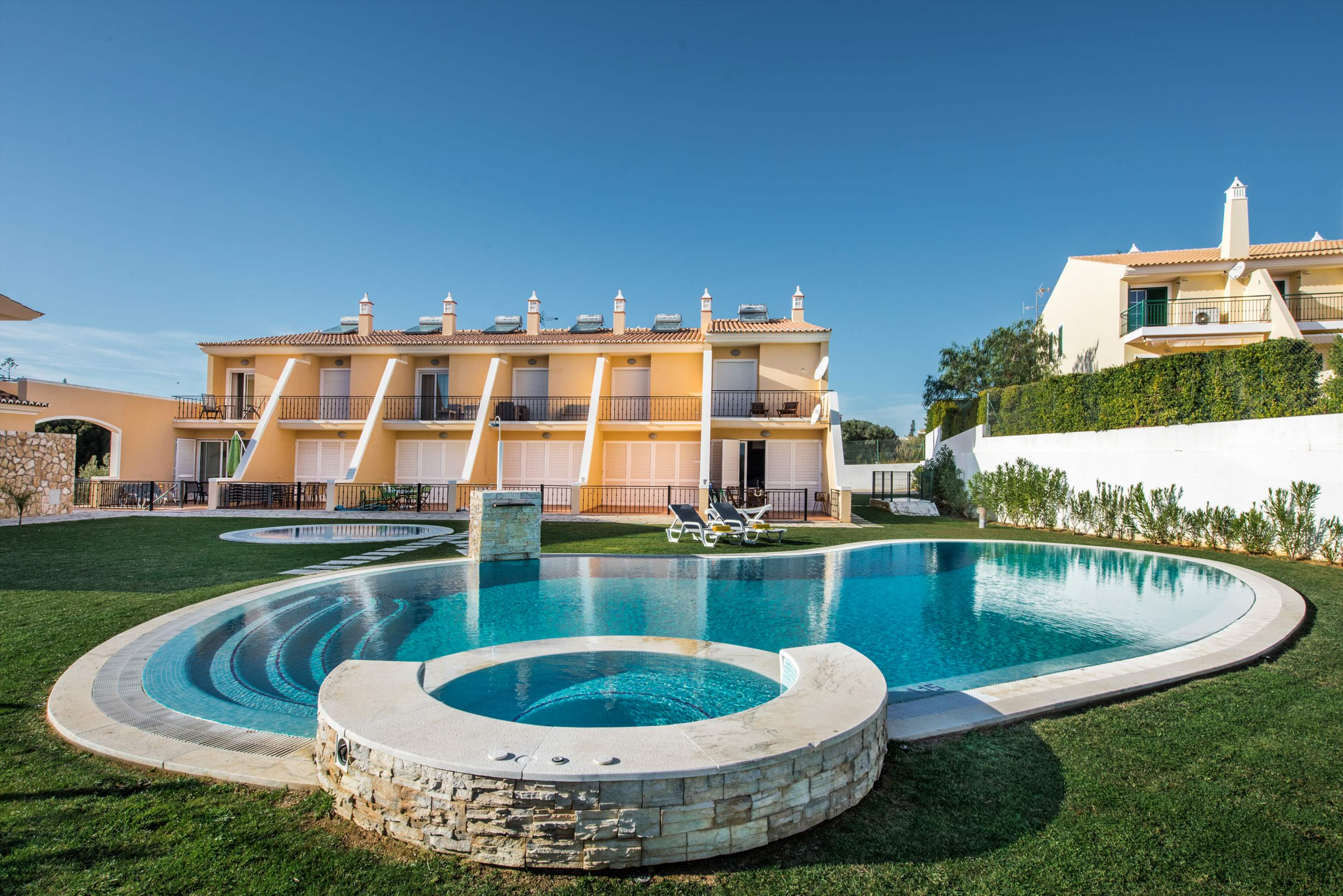Townhouse Rosal 'D', 2 bedroom villa in Gale, Vale da Parra and Guia, Algarve Photo #6