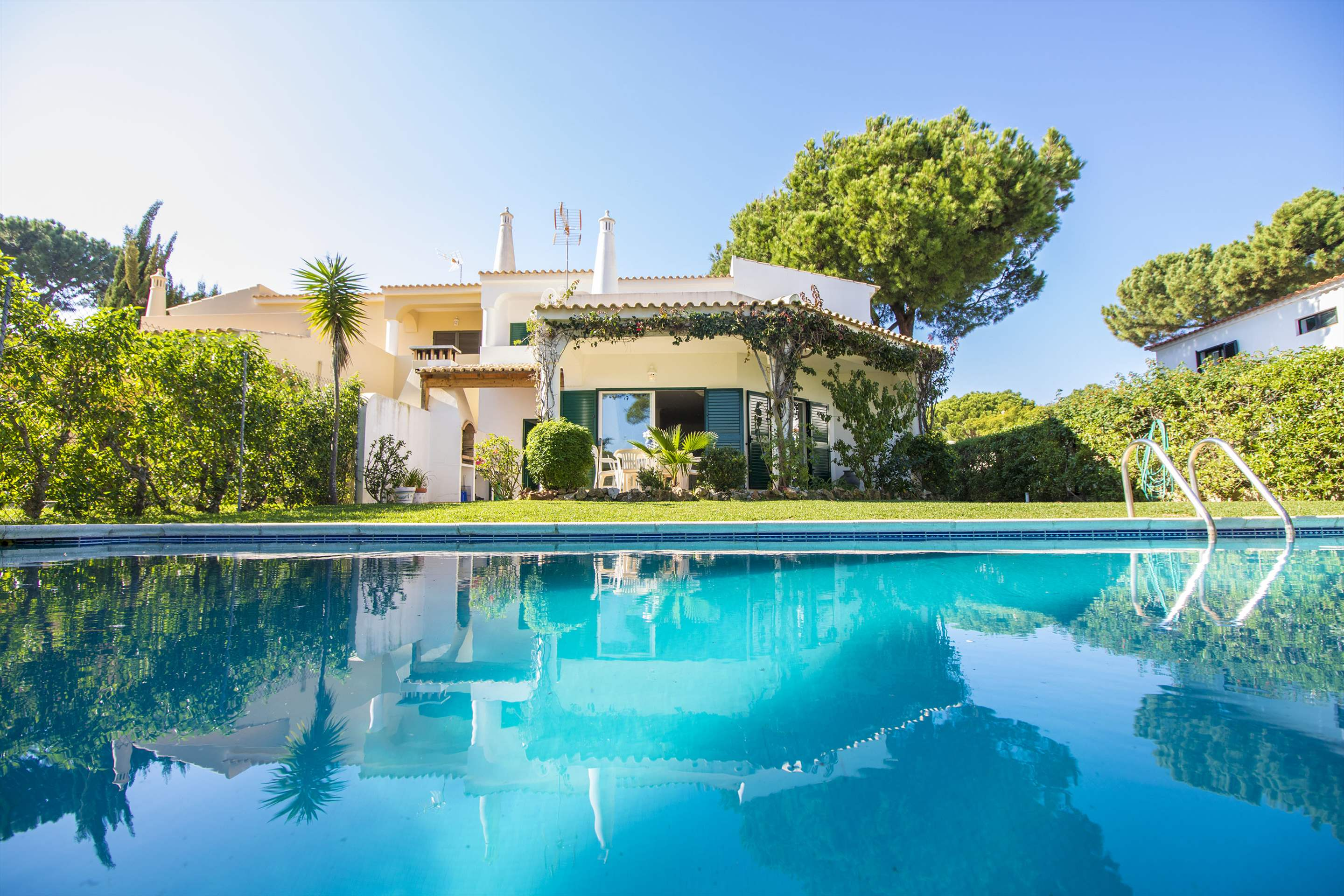 Villa Clara, 4 bedroom villa in Vilamoura Area, Algarve Photo #12