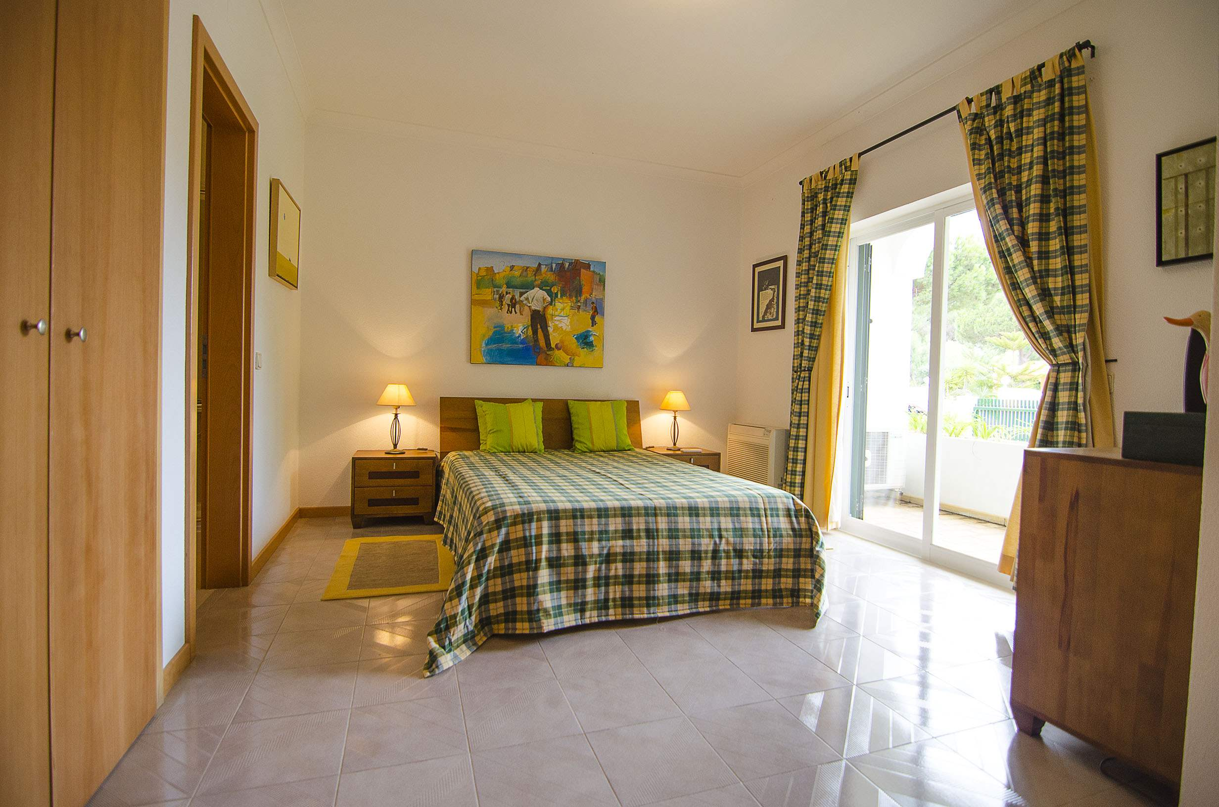 Villa Clara, 4 bedroom villa in Vilamoura Area, Algarve Photo #14