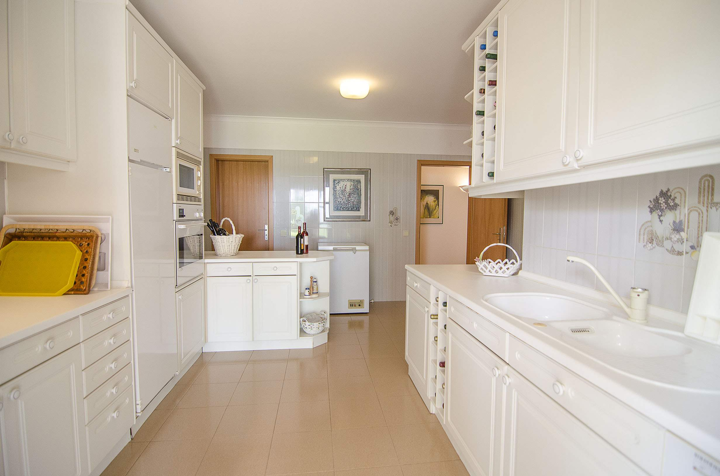 Villa Clara, 4 bedroom villa in Vilamoura Area, Algarve Photo #8