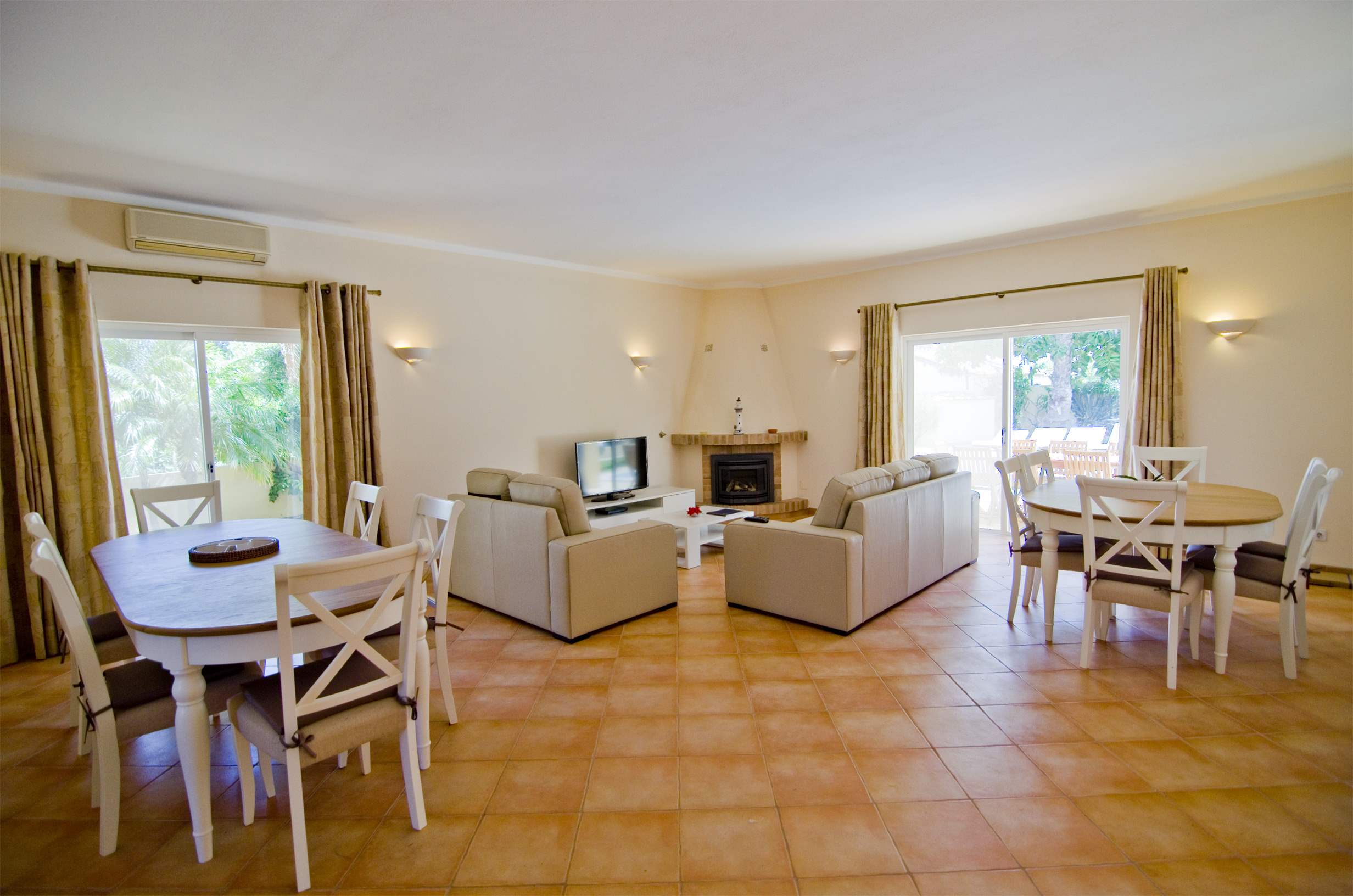 Villa Jasmina, 4 bedroom villa in Vale do Lobo, Algarve Photo #5