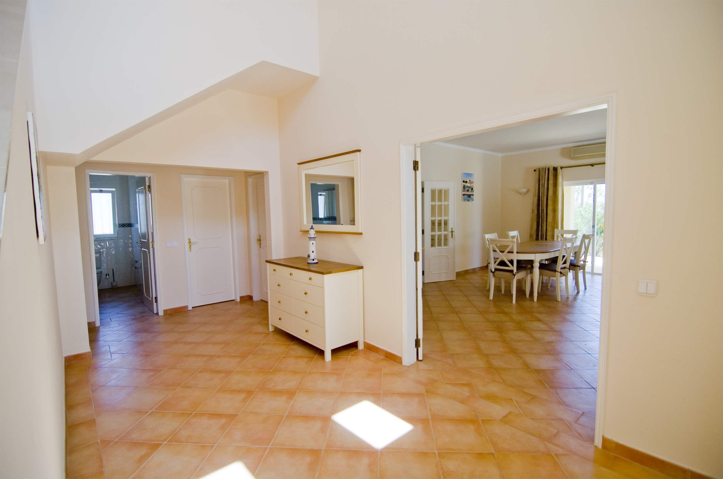 Villa Jasmina, 4 bedroom villa in Vale do Lobo, Algarve Photo #7