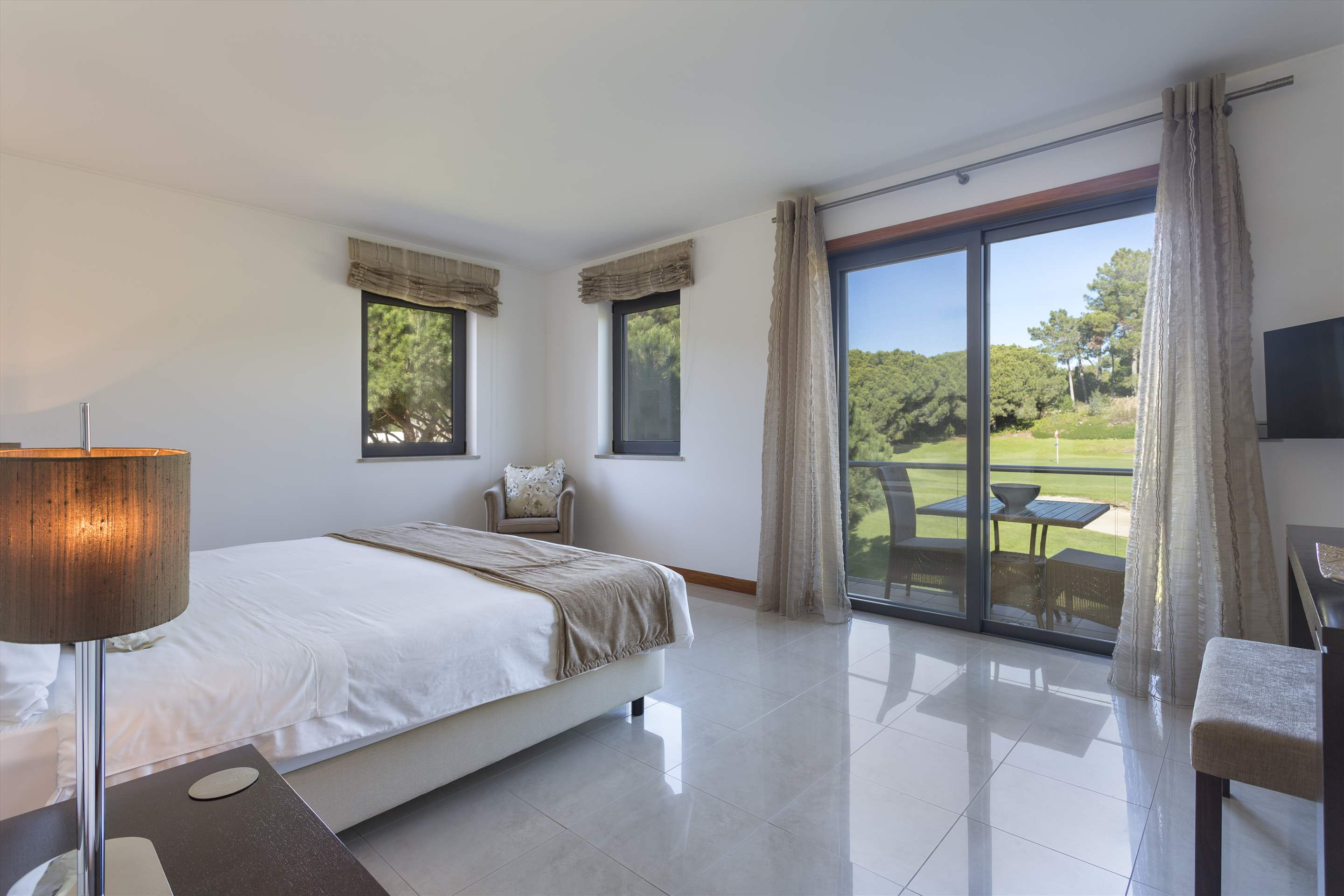 Apartment Alexandra, 2 bedroom apartment in Vale do Lobo, Algarve Photo #14