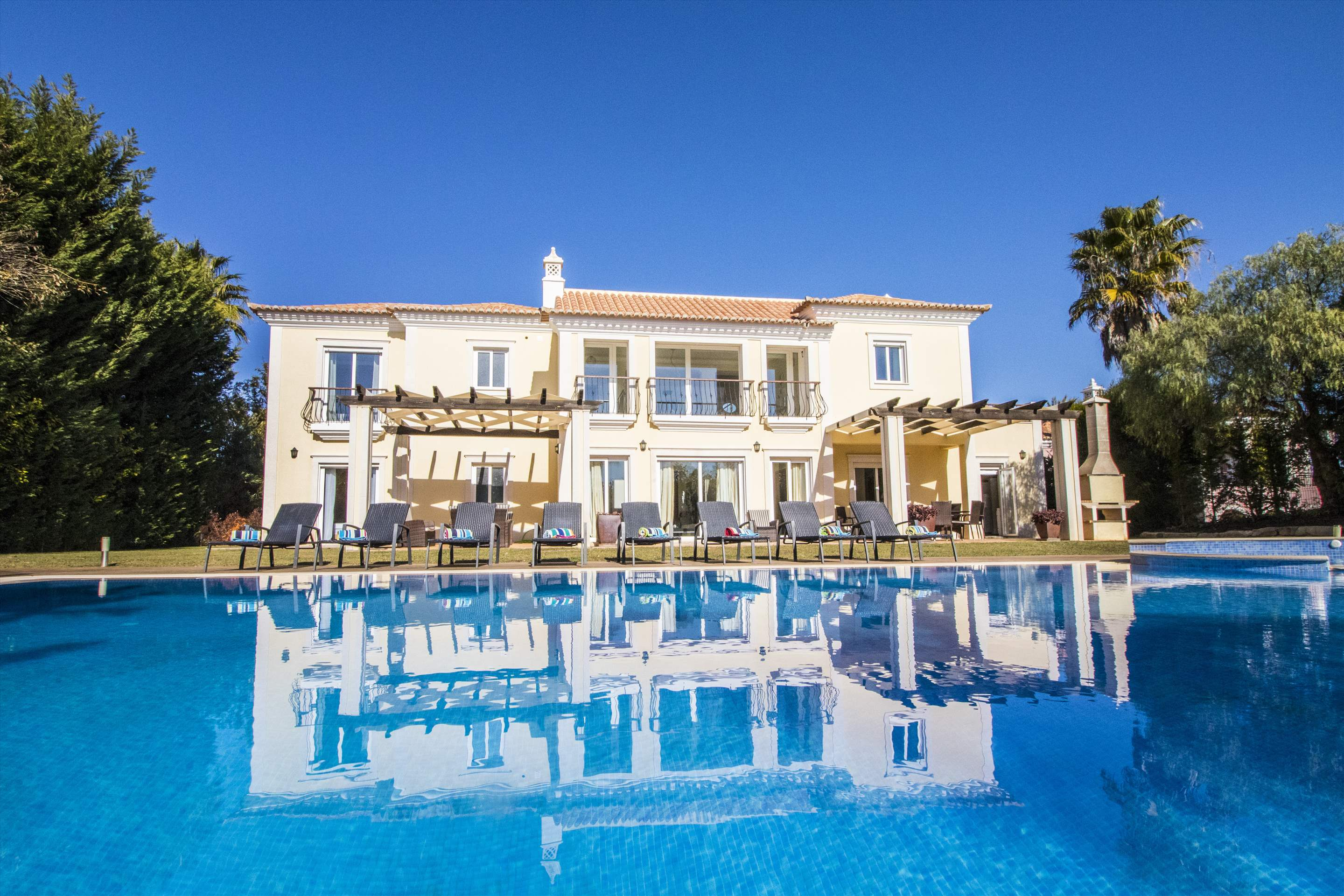 Villa Mare, 5 bedroom villa in Quinta do Lago, Algarve Photo #10