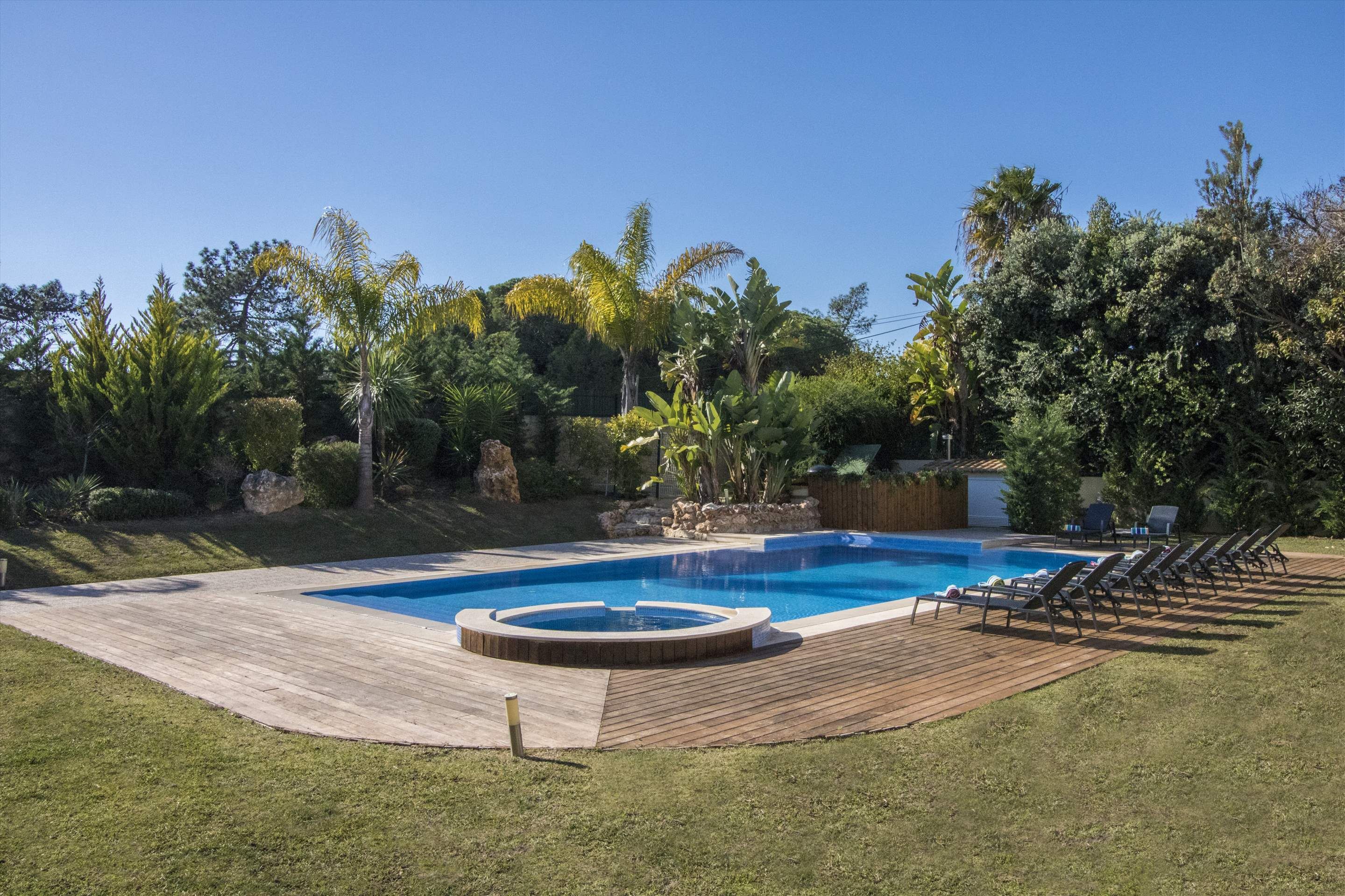 Villa Mare, 5 bedroom villa in Quinta do Lago, Algarve Photo #14