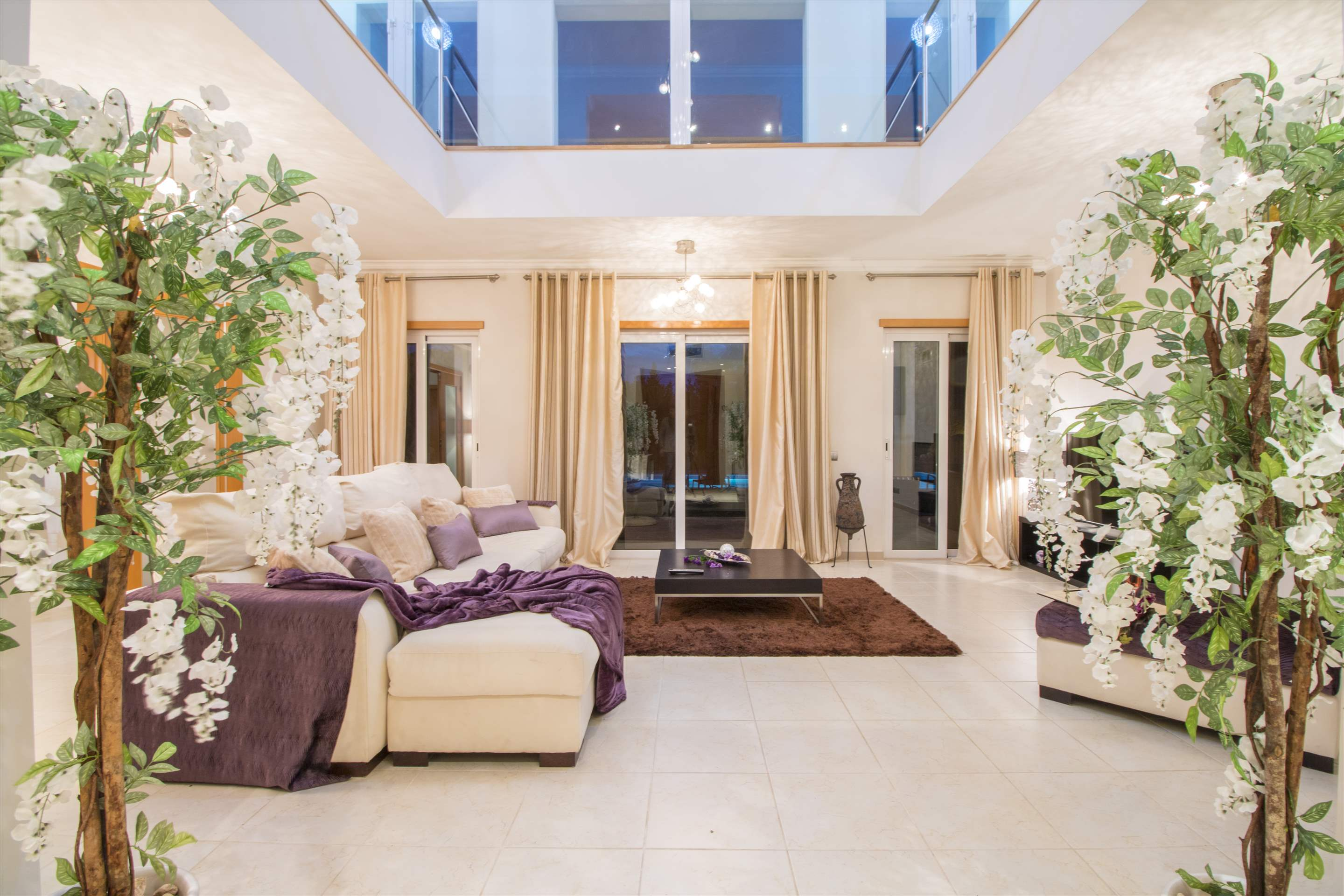 Villa Mare, 5 bedroom villa in Quinta do Lago, Algarve Photo #5
