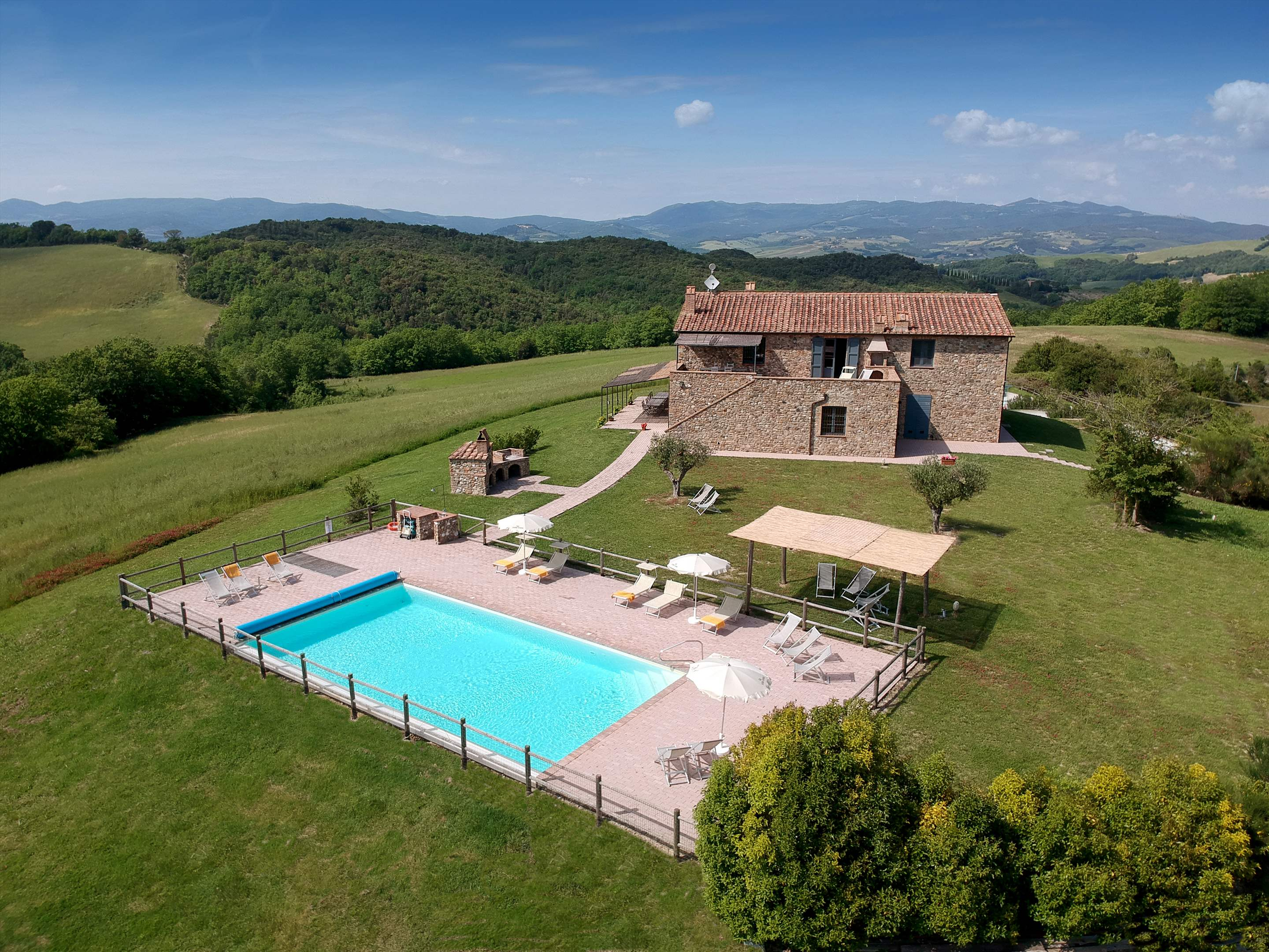 Podere Di Collina, Villa & Apts, 8 bedroom villa in Tuscany Coast, Tuscany