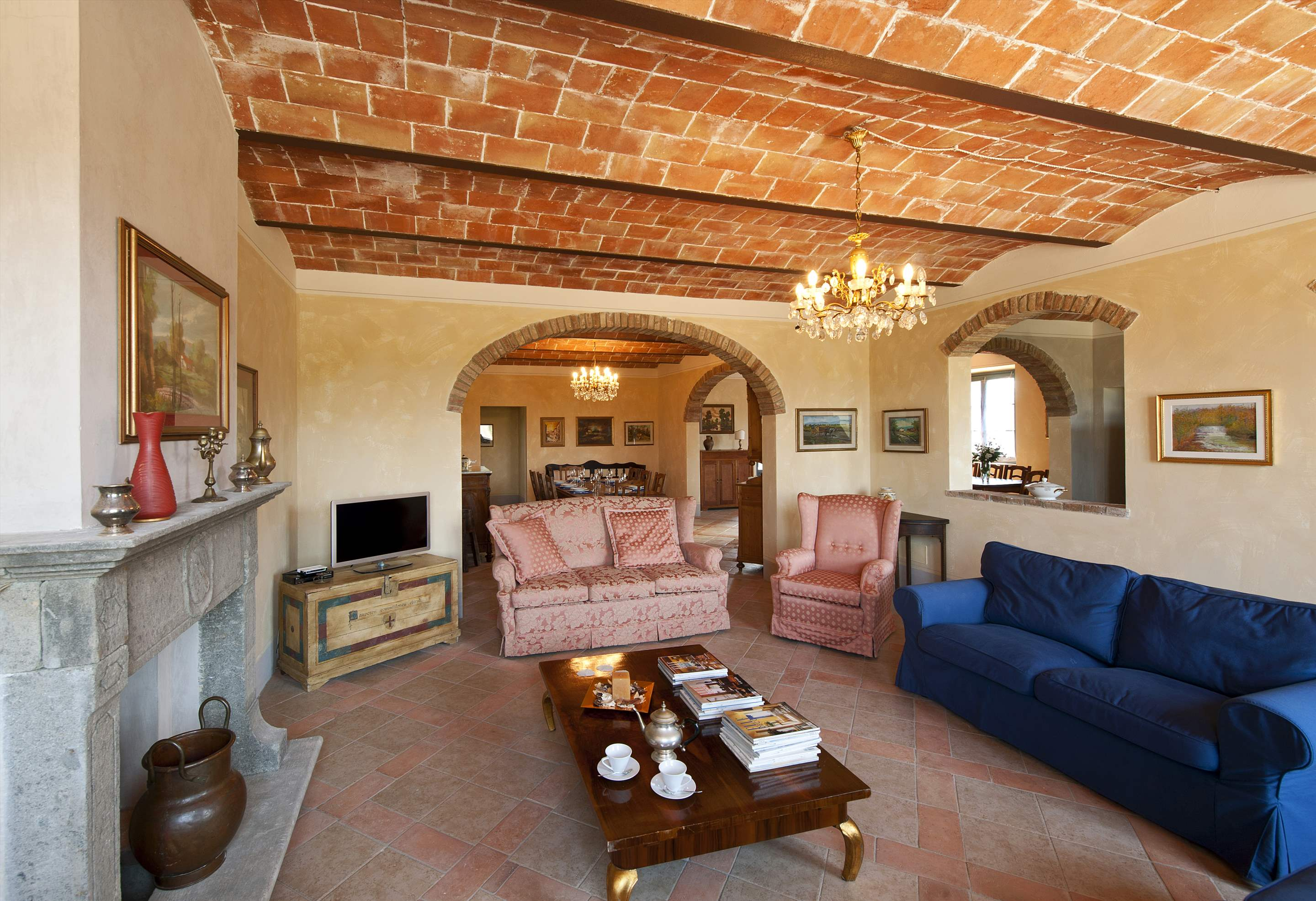 Podere Di Collina, Villa & Apts, 8 bedroom villa in Tuscany Coast, Tuscany Photo #5