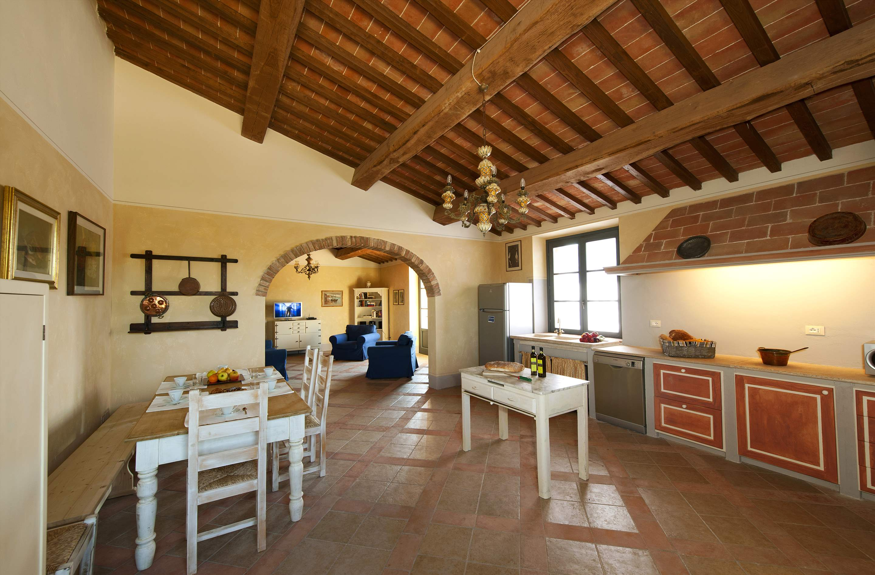 Podere Di Collina, First Floor, 4 bedroom villa in Tuscany Coast, Tuscany Photo #14