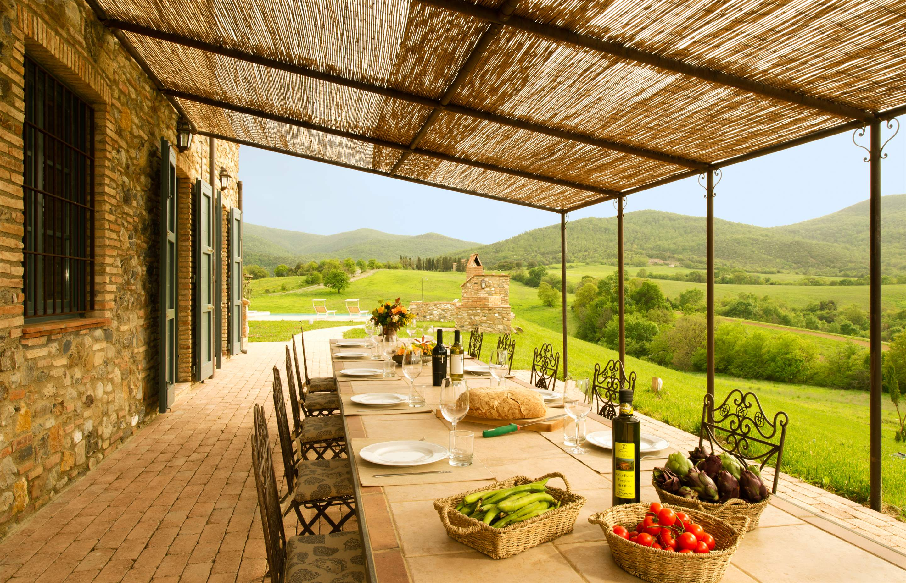 Podere Di Collina, First Floor, 4 bedroom villa in Tuscany Coast, Tuscany Photo #16