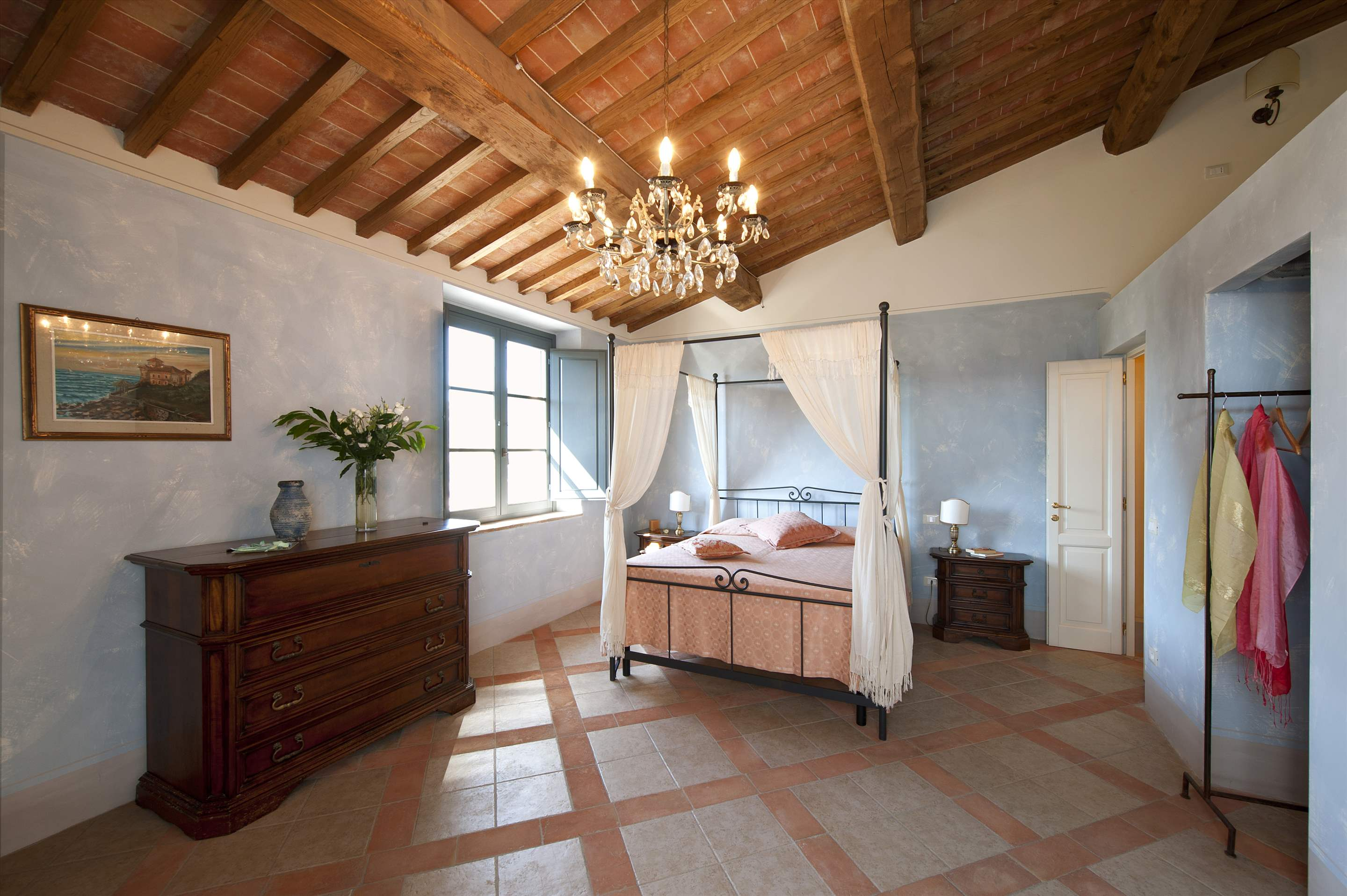 Podere Di Collina, First Floor, 4 bedroom villa in Tuscany Coast, Tuscany Photo #23