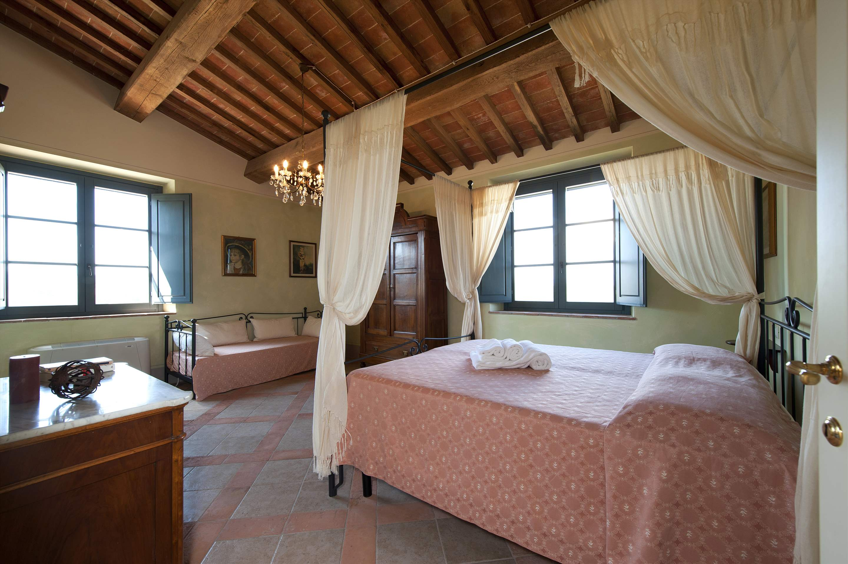 Podere Di Collina, First Floor, 4 bedroom villa in Tuscany Coast, Tuscany Photo #27