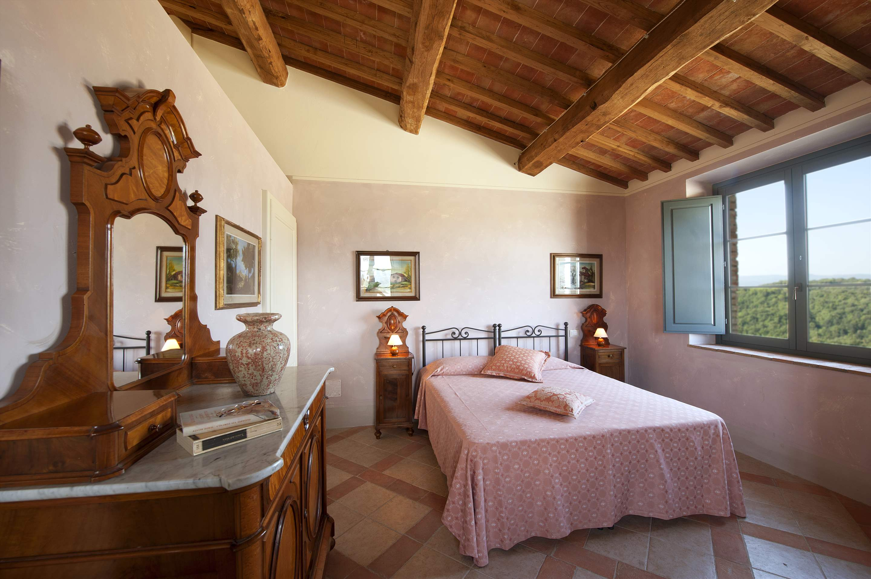 Podere Di Collina, First Floor, 4 bedroom villa in Tuscany Coast, Tuscany Photo #28