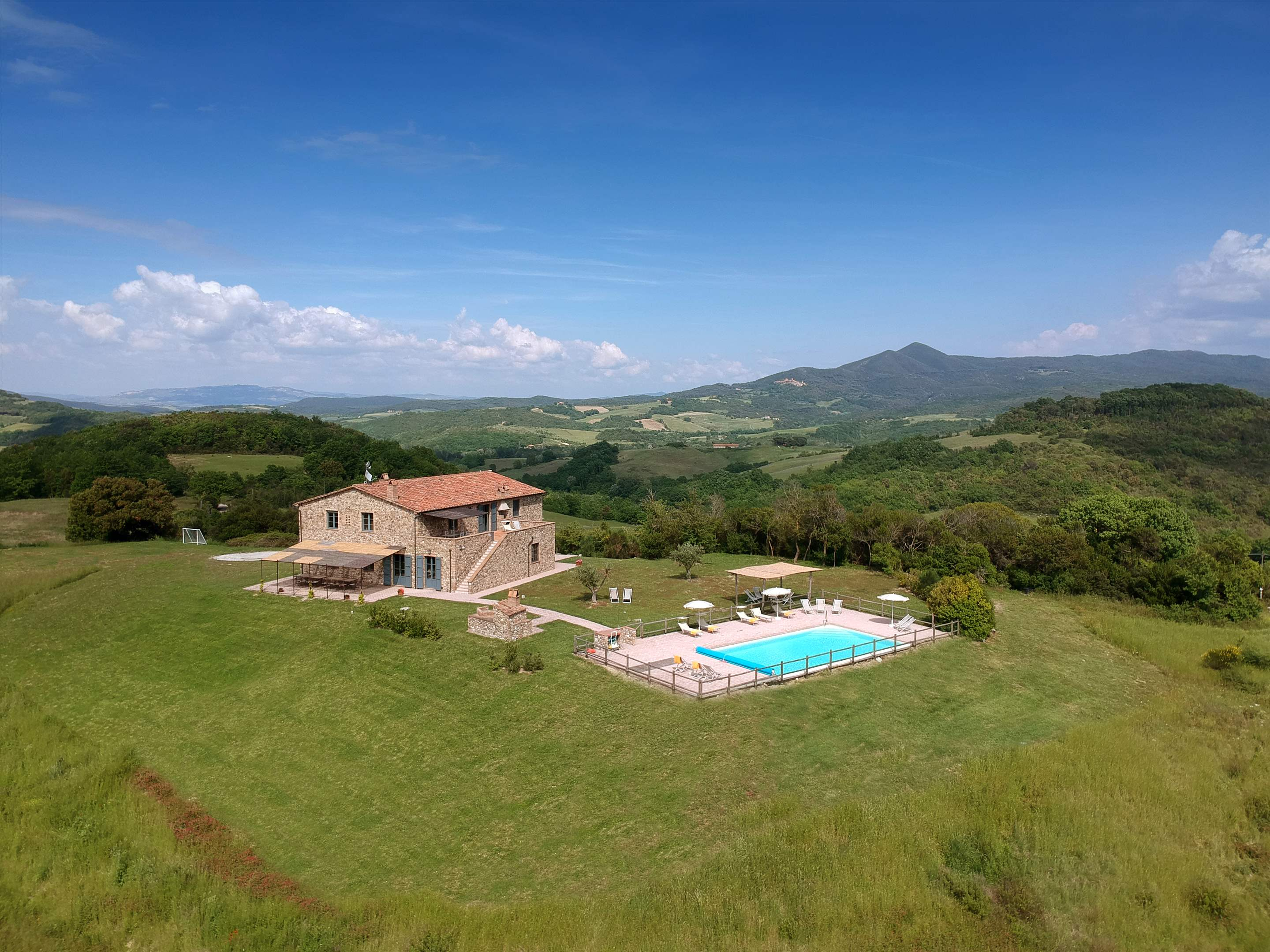 Podere Di Collina, First Floor, 4 bedroom villa in Tuscany Coast, Tuscany Photo #35