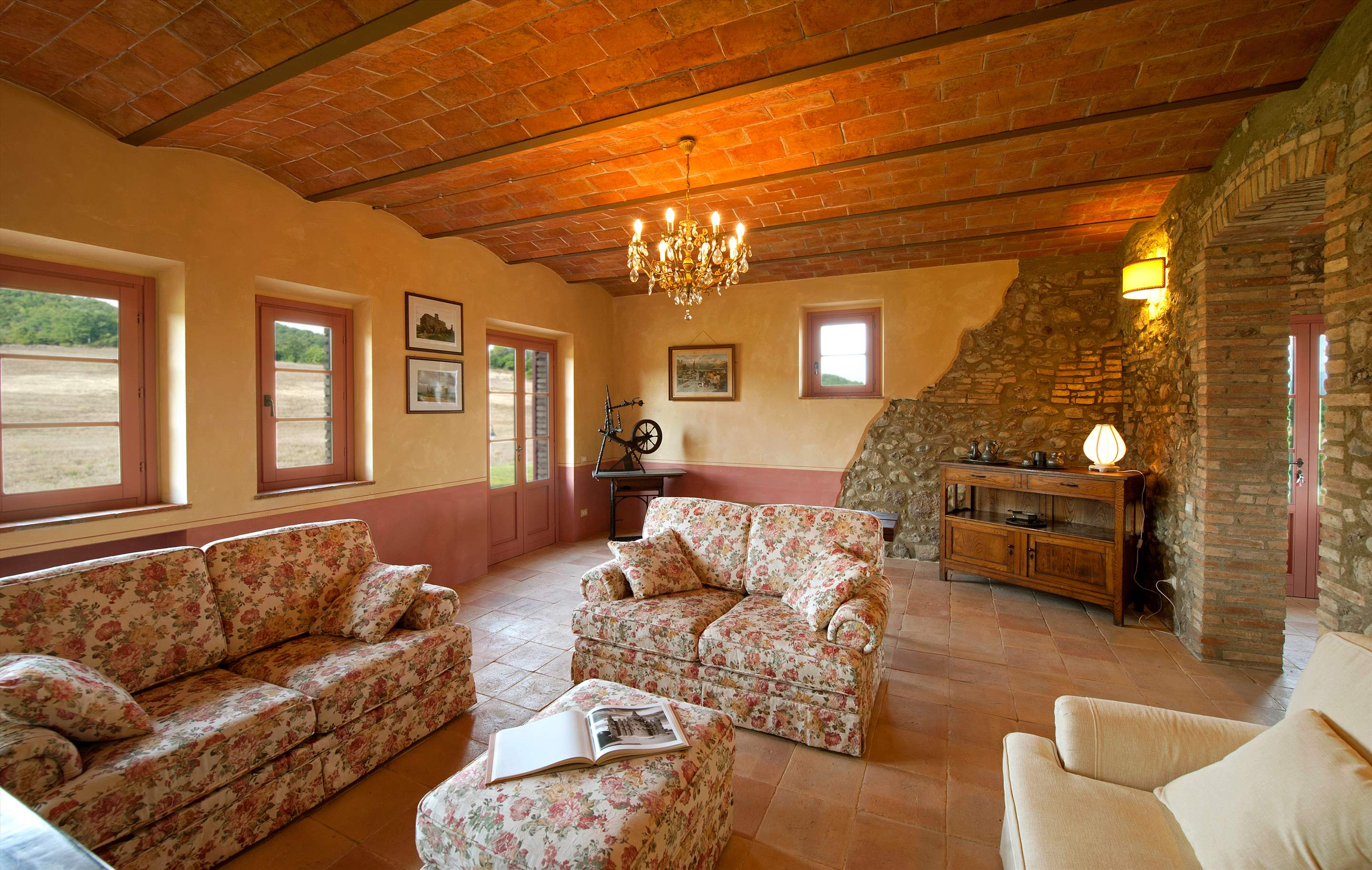 Villa Rosa, & Annexe , 6 bedroom villa in Tuscany Coast, Tuscany Photo #8