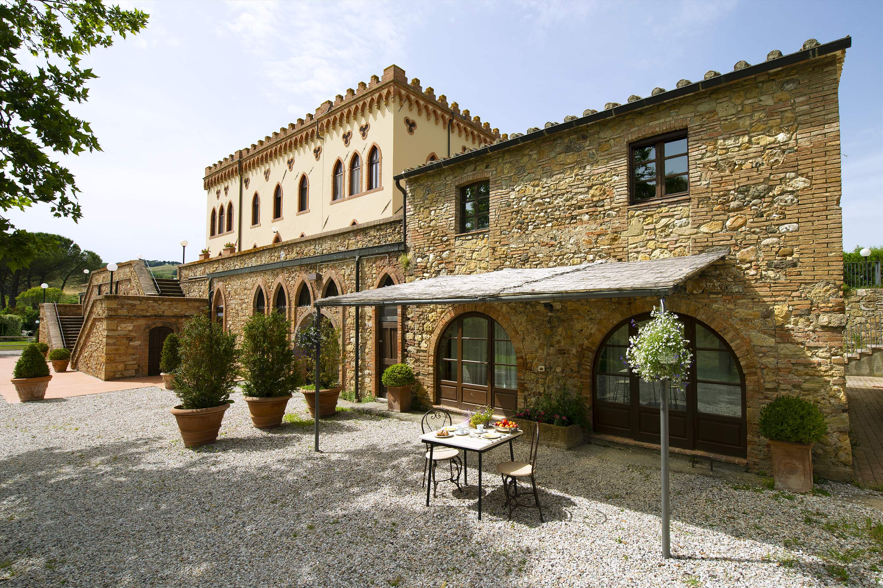Villa Di Archi & Dependance, 9 bedroom villa in Tuscany Coast, Tuscany Photo #3
