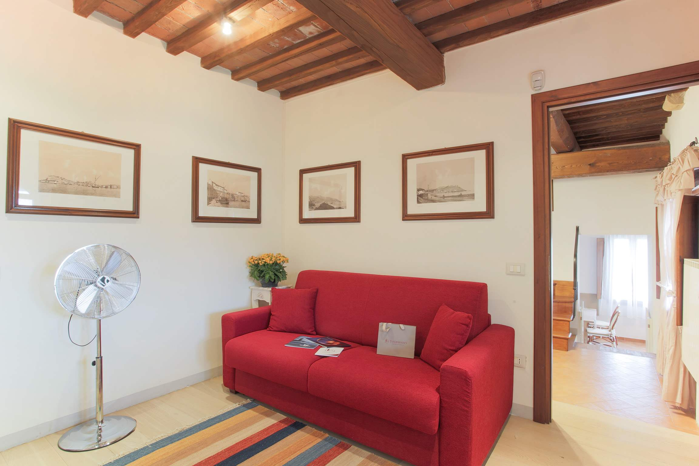 Casa Di Dante, 3 bedroom villa in North Tuscany - Pisa & Lucca Area, Tuscany Photo #16