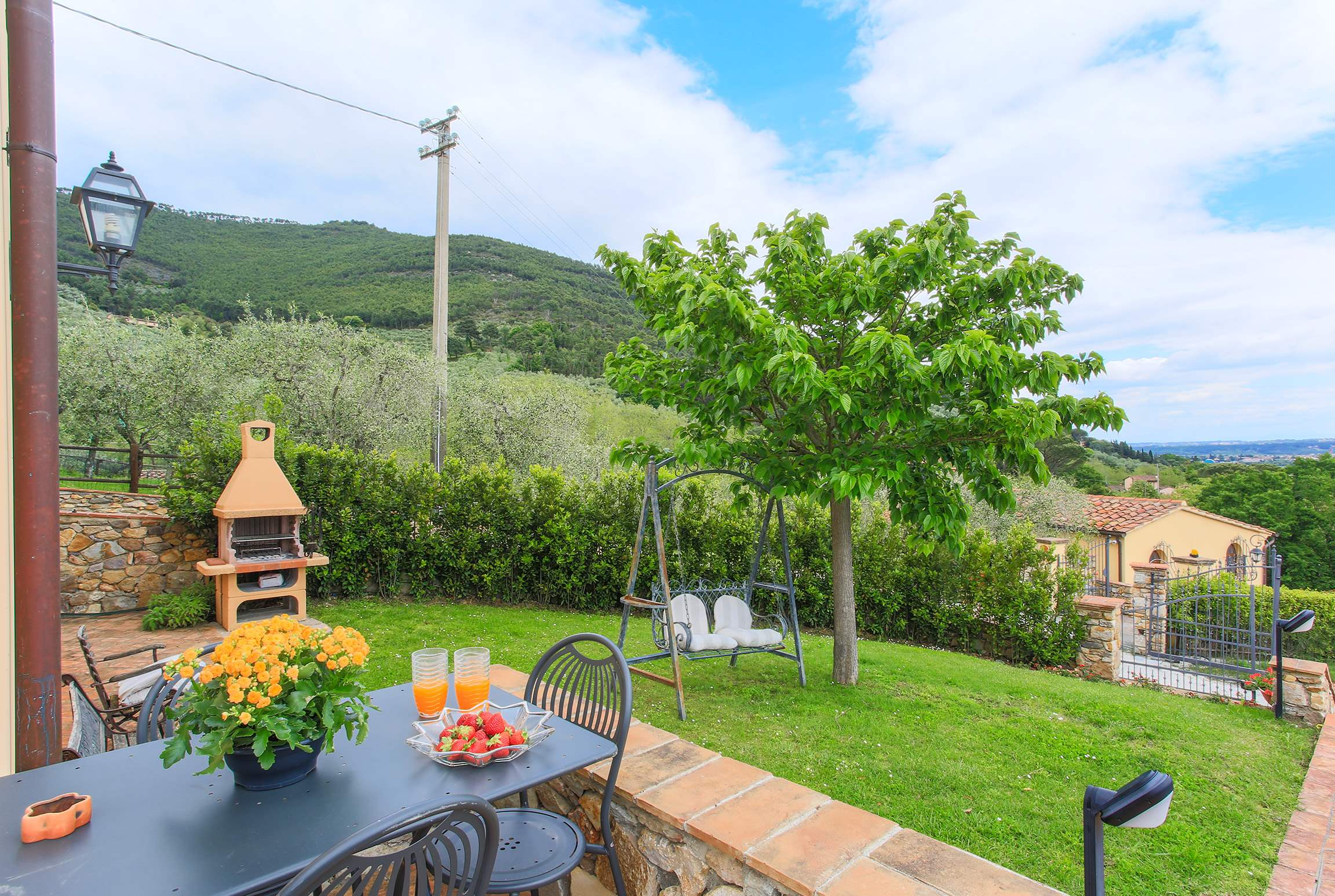 Casa Di Dante, 3 bedroom villa in North Tuscany - Pisa & Lucca Area, Tuscany Photo #18