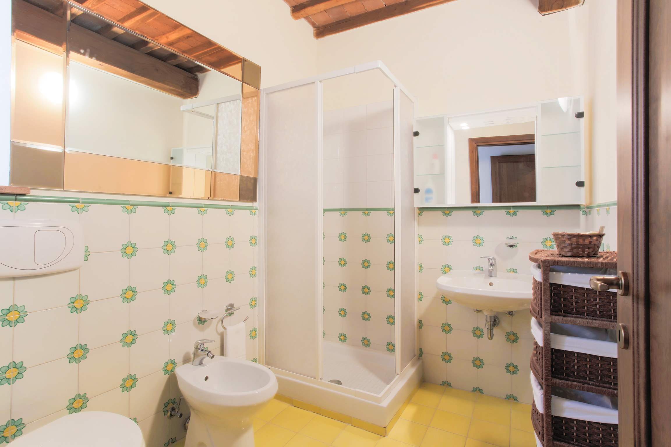 Casa Di Dante, 3 bedroom villa in North Tuscany - Pisa & Lucca Area, Tuscany Photo #27